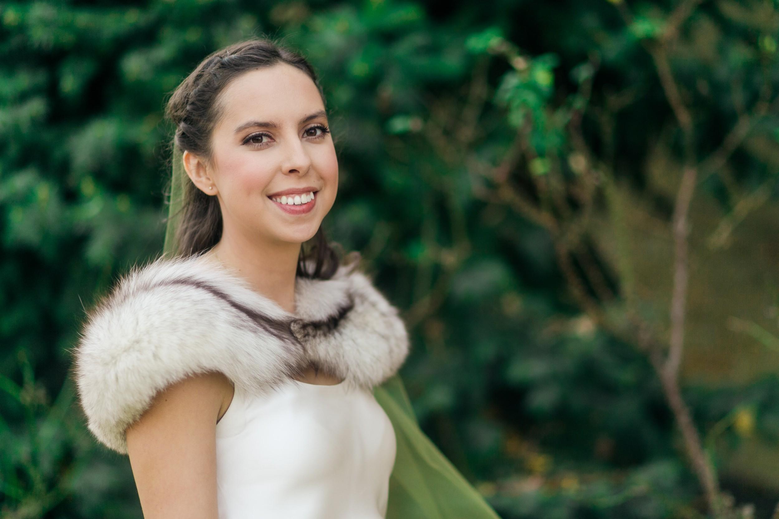 Bride-Fur-Shawl