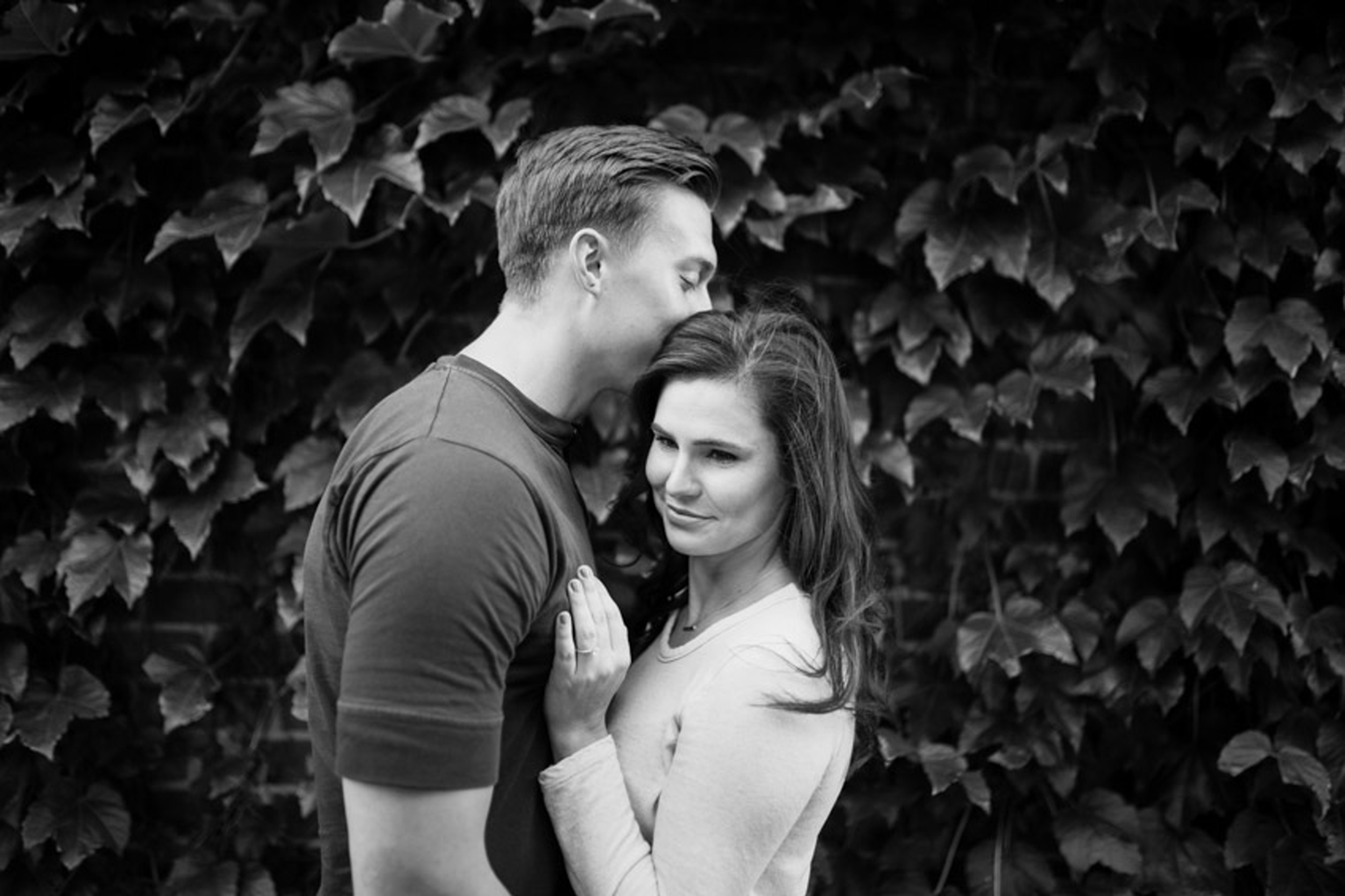 Romantic Black and White Baltimore Engagment
