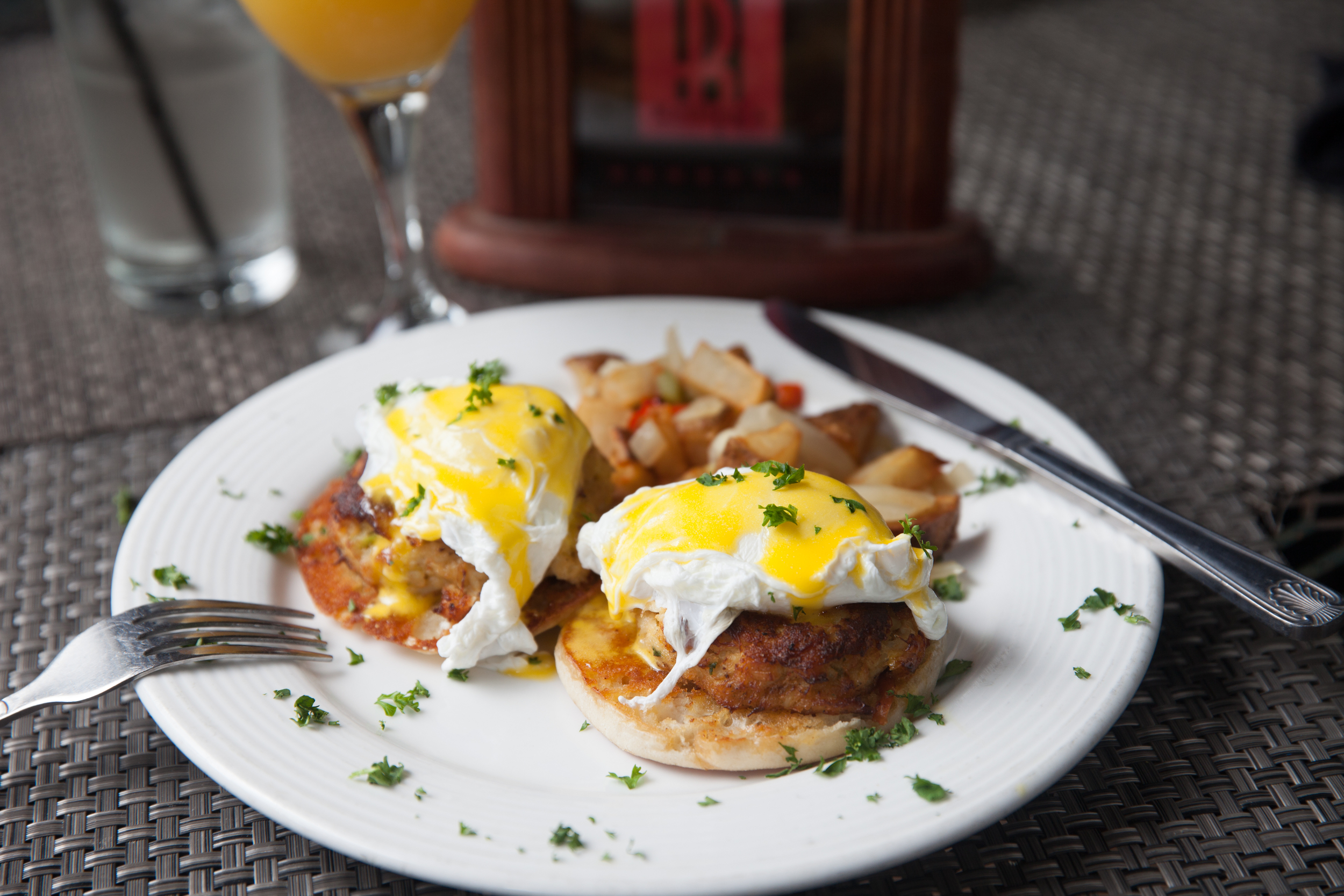 Crab Cakes Benedict (Brunch Only)