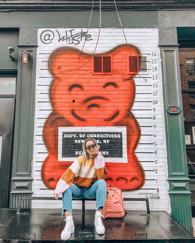 🐻🐻🐻 emojis bc I can't think of a good caption. 🤷🏼♀️⚡️ -#whisbe - - - @hm @riverisland @fjallravenofficial @urbanoutfitters - - - #whenbaetakesyourphone #newyorkcity #newyorkblogger #uoonyou #uonewyork #latinablogger #betrendly #fashionaddictxo  #ootdinspiration #fashionaddict  #ABMstyle #fblogger #instagoodmyphoto #humaneffect #postthepeople #liveauthentic #livefolk #instagood  #streetstyle #jenlumiere #ootdwatch #darlingweekend #darlingmoment #oneofthebunch #wearetothe9s #hm #hm #fjallravenkanken