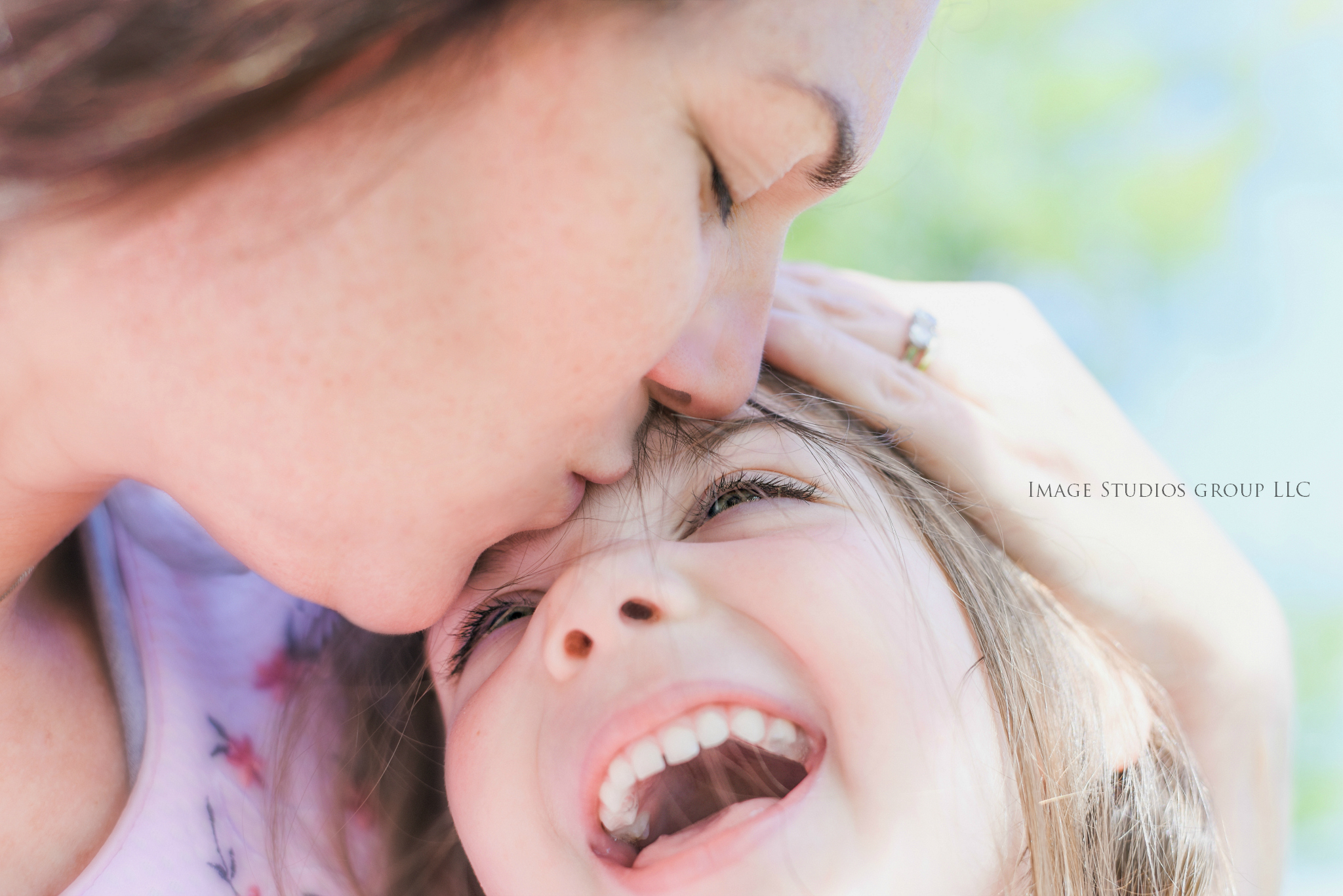 Mommy & Me Sessions are offered... Just click our picture to go to the link... Do this for them ;)