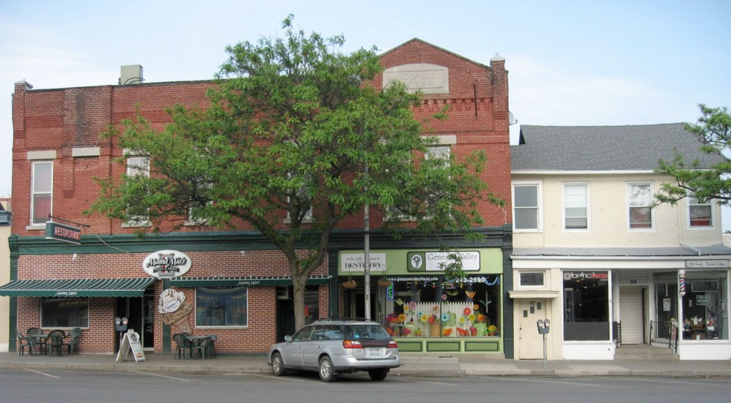 2008      89-93 Main Street (left), 99 Main Street (right)