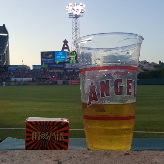 Watching the @angels dominate. Good Vibes, Good Beer, and Great Bud. What more could you ask for?  #atomik #atomik420 #atomikmoonrocks #moonrock  #poweredbyweedmaps #Hightimes #cannabiscup #award #winning #moonrocks #infusedcannabis #sclabs #theclear #popnaturals #weedmaps #legalize #cannabis #420 #marijuana #mmj #nugporn #strongaf #takeyourhightothenextlevel #rewardyourself  #⚛ #angels #goodvibes #goodbeer #goodbud