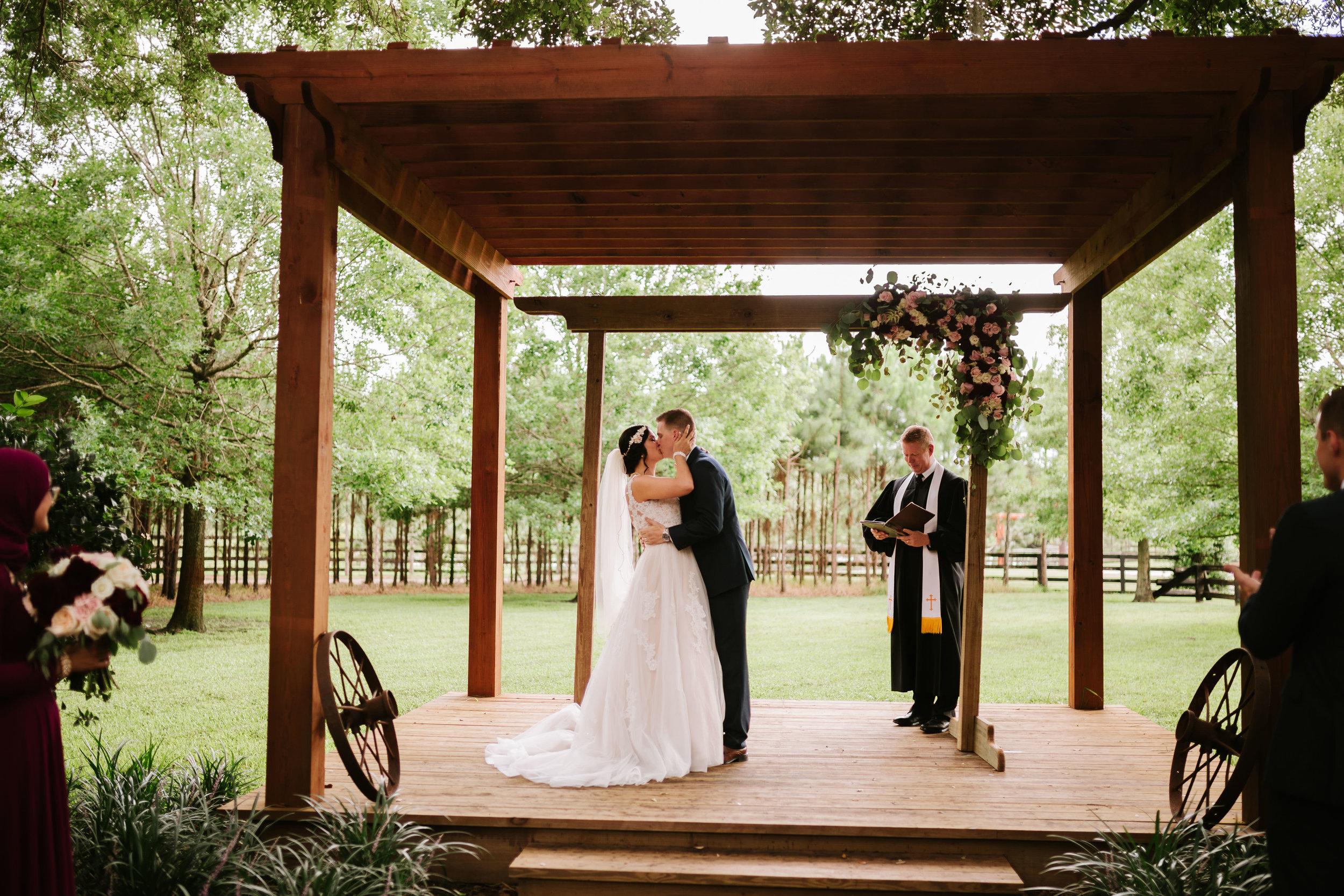 Club Lake Plantation Wedding (49 of 184).jpg