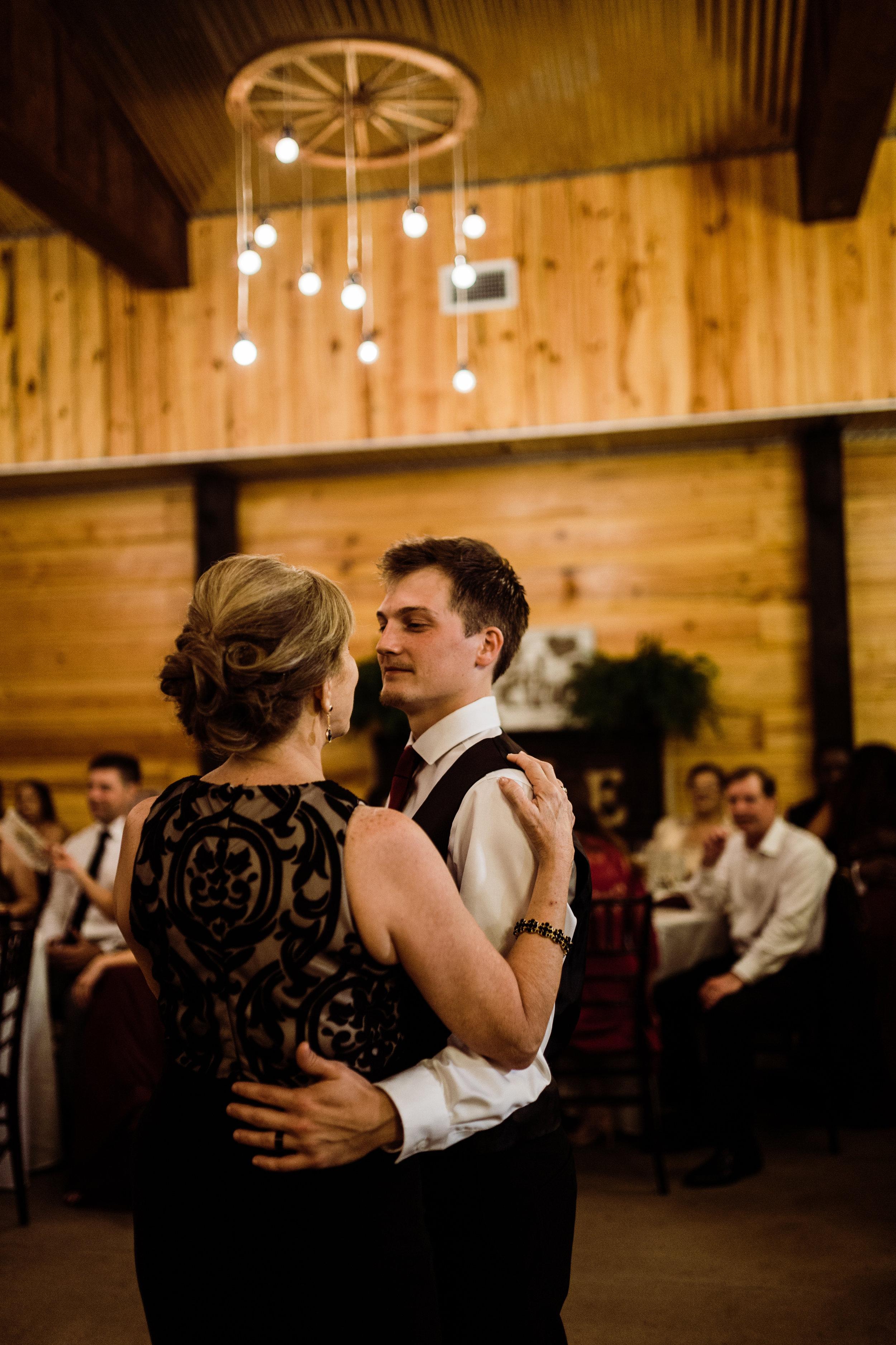 2017.10.08 Zach and Ashley Courson Wedding Club Lake Plantation (717 of 1079).jpg
