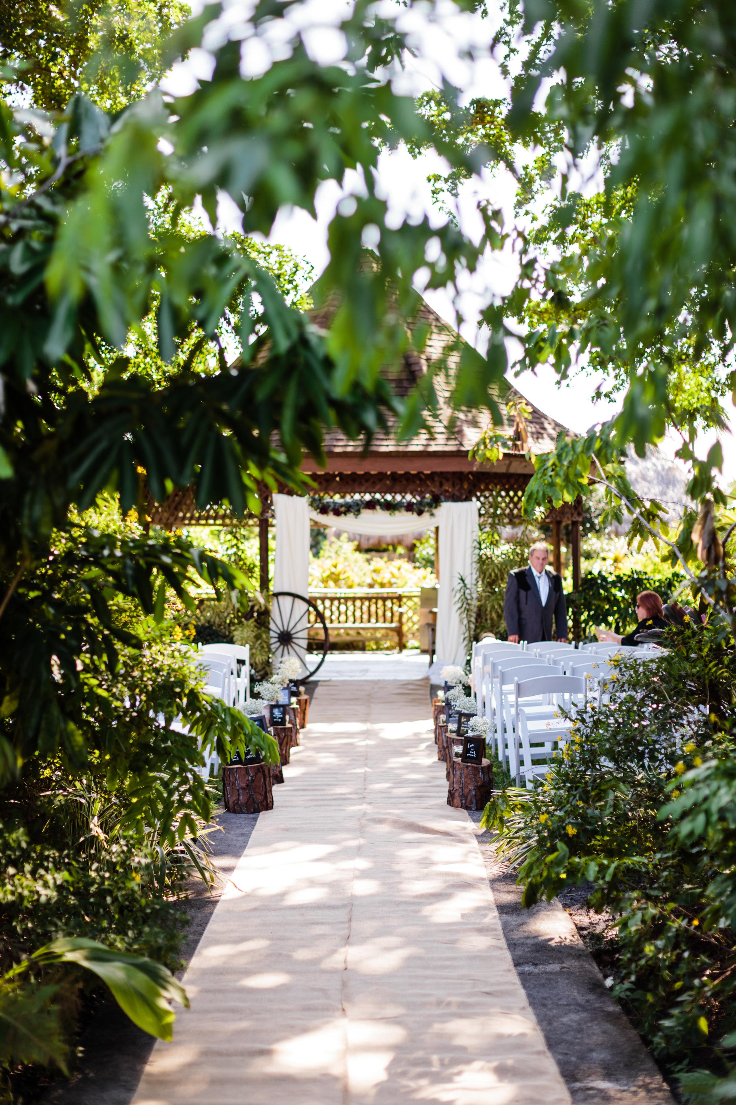 Emily And Steve Mounts Botanical Gardens Wedding In West
