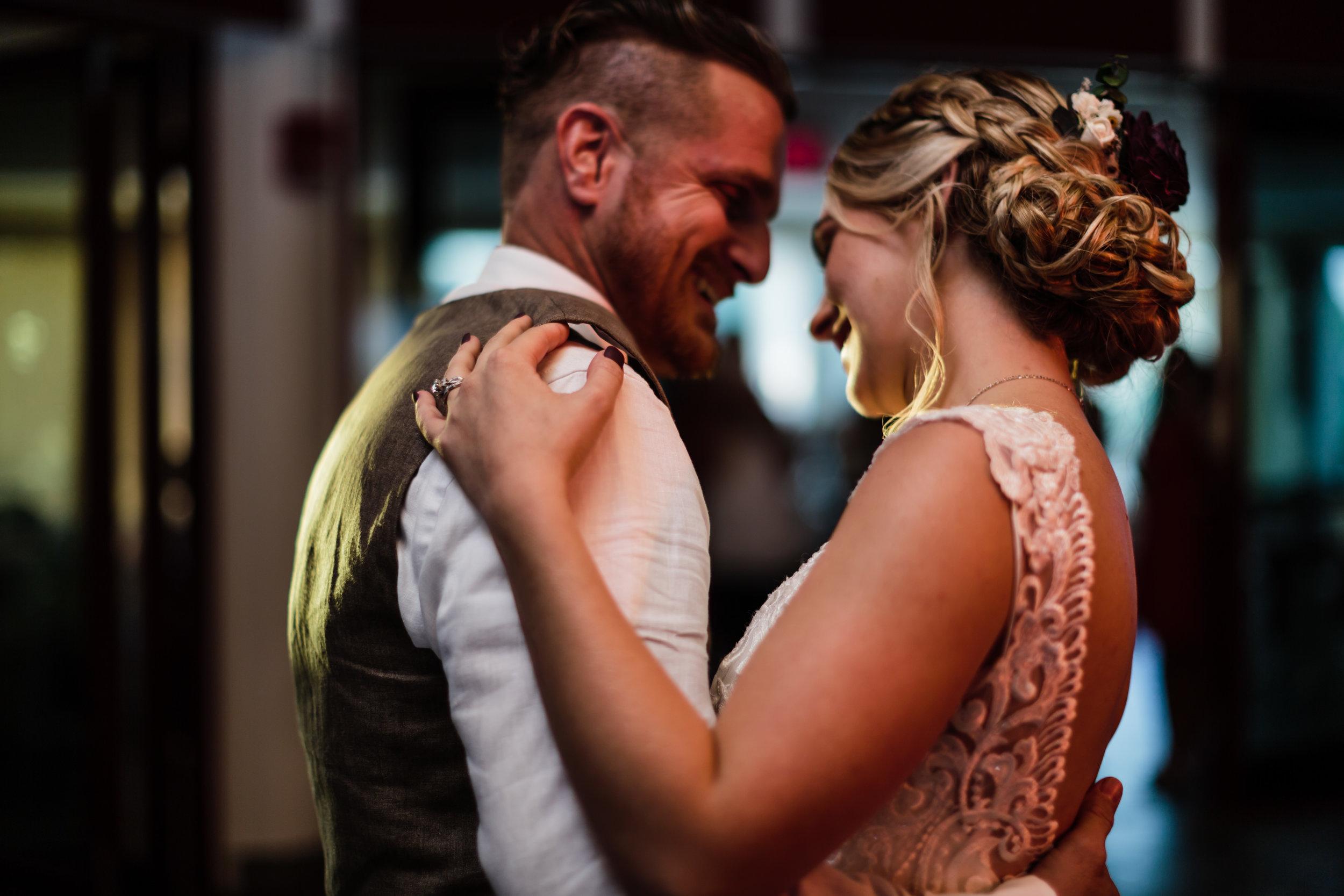 Emily and Steve Wedding - The Hornes - www.thehornesphoto.com