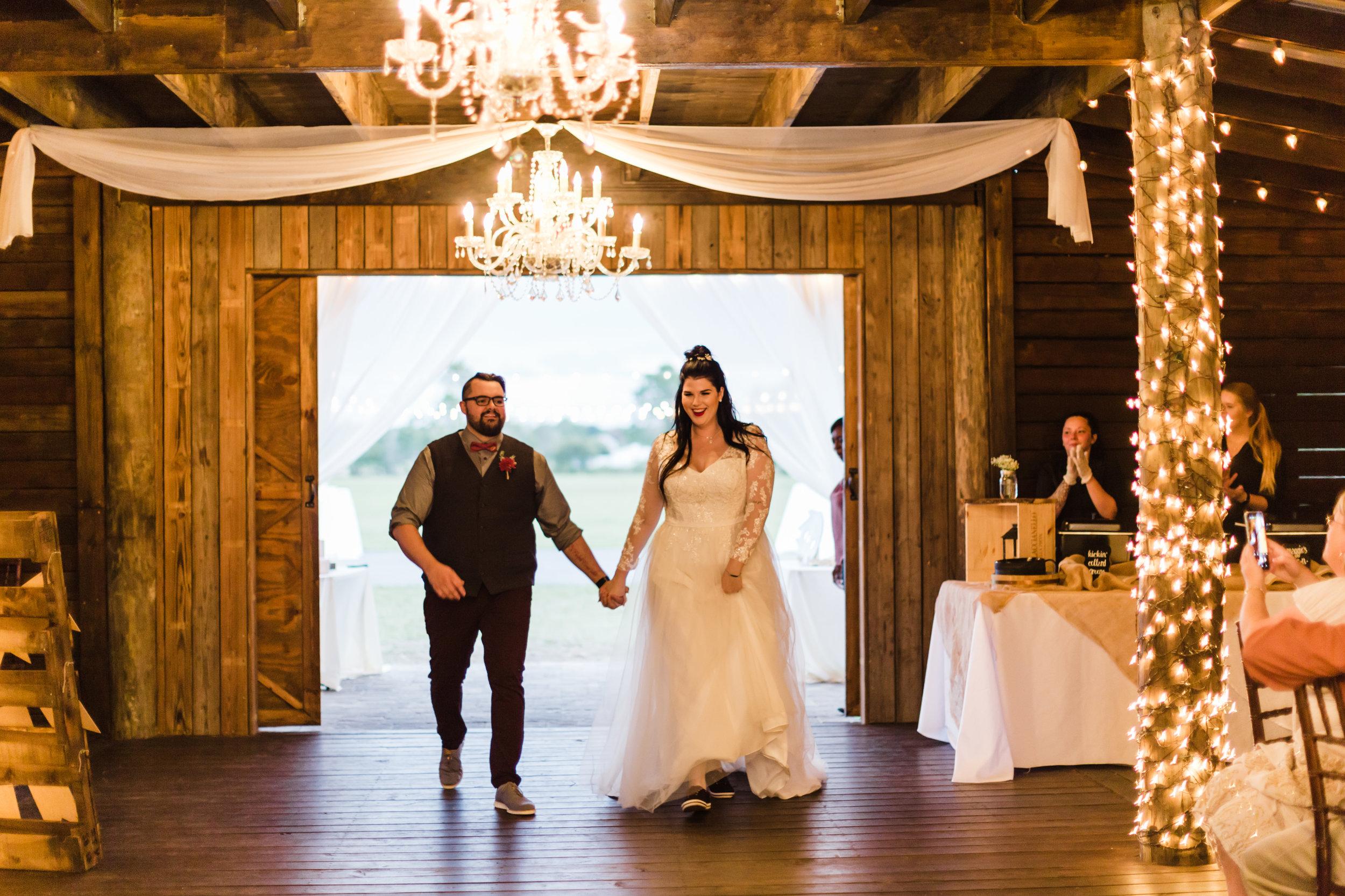 2018.11.11 Paige and TJ Enchanting Barn Wedding (531 of 841).jpg