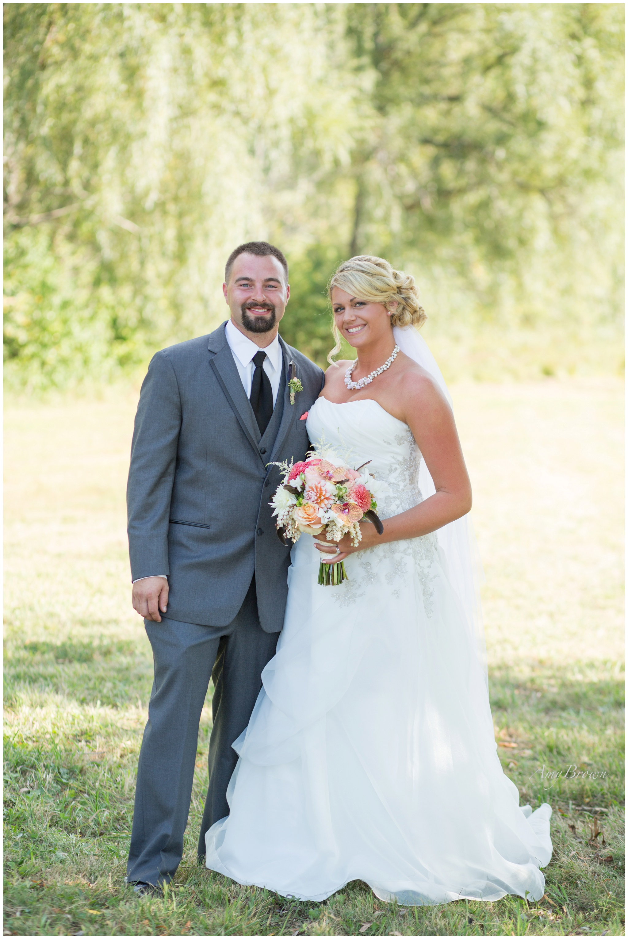 nh wedding photographer | Farm Wedding | Amy Brown Photography