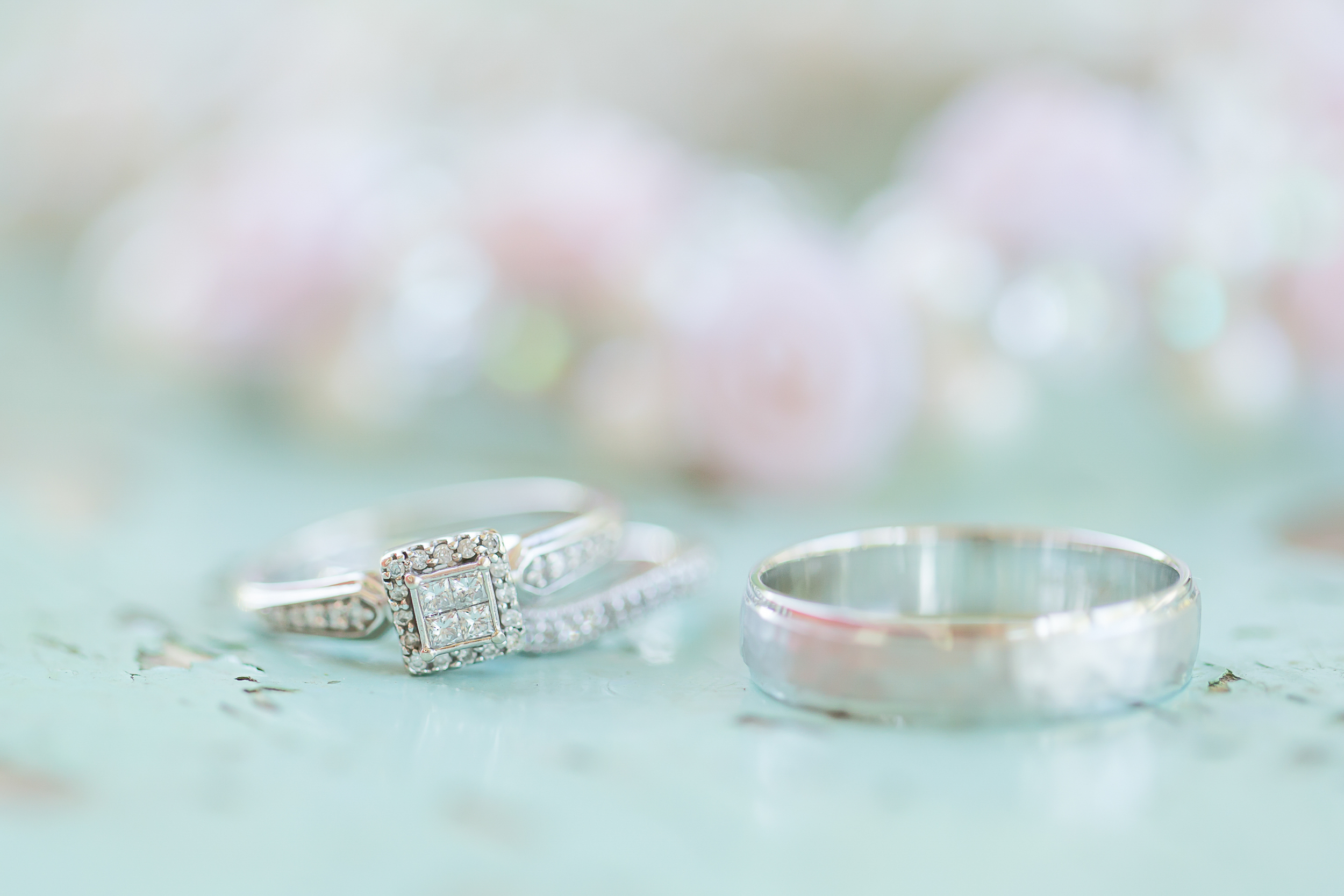 Jared Galleria Of Jewelry | Wedding Band Set | Diamonds | Amy Brown Photography