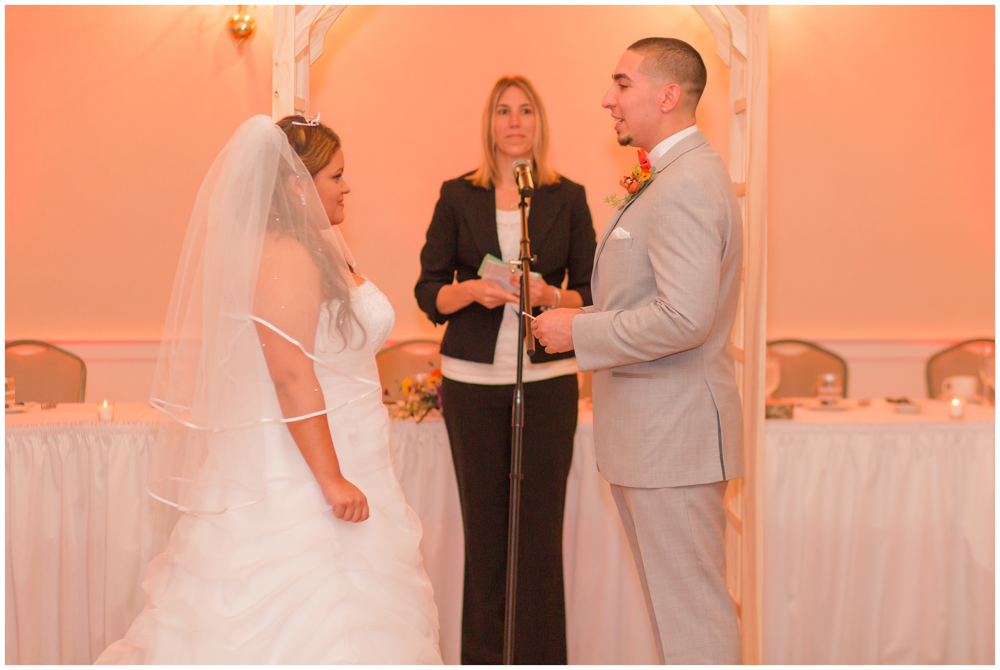 Exeter_NH_Wedding_Photographer_Portsmouth_Country_Club_0200.jpg