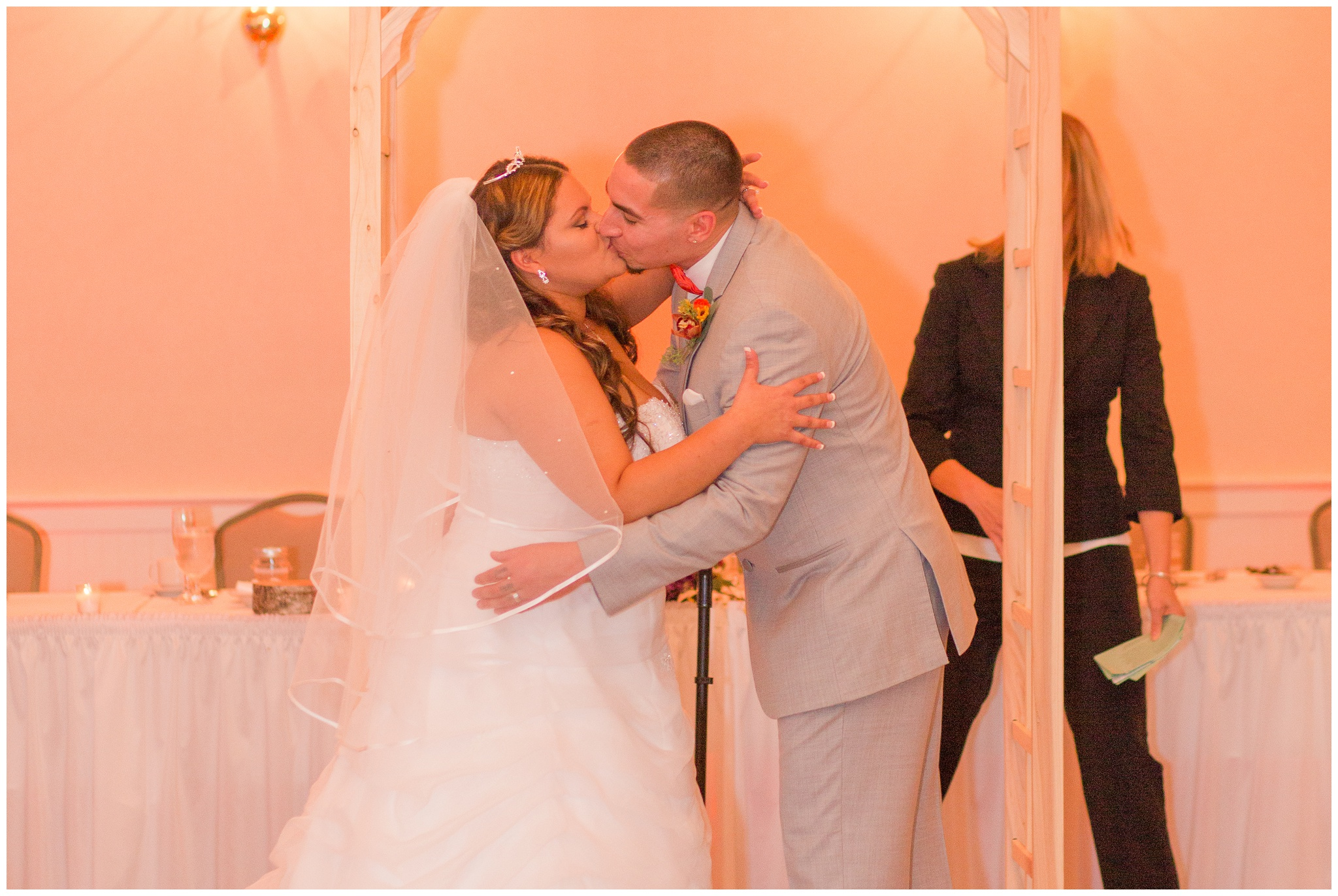 Exeter_NH_Wedding_Photographer_Portsmouth_Country_Club_0204.jpg