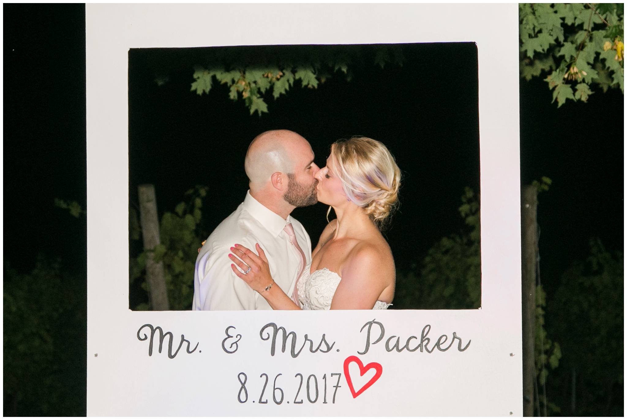 Seacoast New Hampshire Wedding Photographer | Amy Brown Photography | Flag Hill Winery