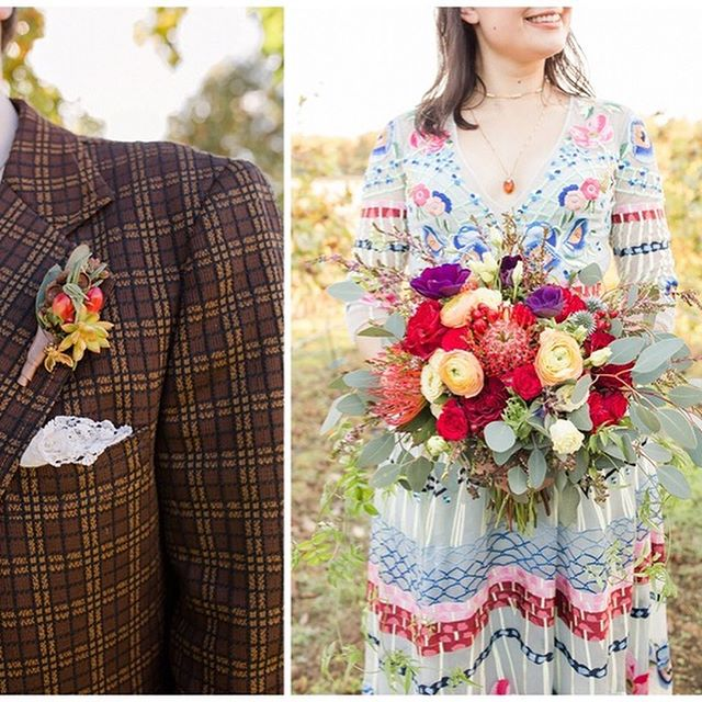 Details, Details, It's All In The Details! ⠀⠀⠀⠀⠀⠀⠀⠀⠀ Honey Bee embroidered wedding gown ✔ Golden Snitch wedding cake ✔ Hay bail ceremony seating ✔ Fruit covered naked cake ✔ Mad Hatter tea party table decor ✔ Wood flower wedding centerpieces ✔ ⠀⠀⠀⠀⠀⠀⠀⠀⠀ Make your wedding day 100% you! ⠀⠀⠀⠀⠀⠀⠀⠀⠀ More on the Blog - Link in Bio