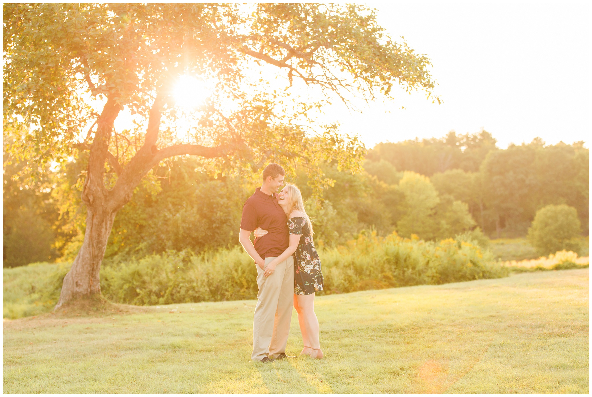 Seacoast-New-Hampshire-Wedding-Engagement-Photographer-Wagon-Hill-Farm-Durham-NH-Outdoors