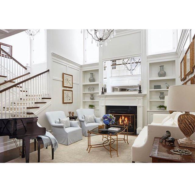 Lovely living room... . . . #jodiflemingdesign #customhome #interior #interiordesign #designbuild #livingroom #formallivingroom #homedecor #livingroomdecor