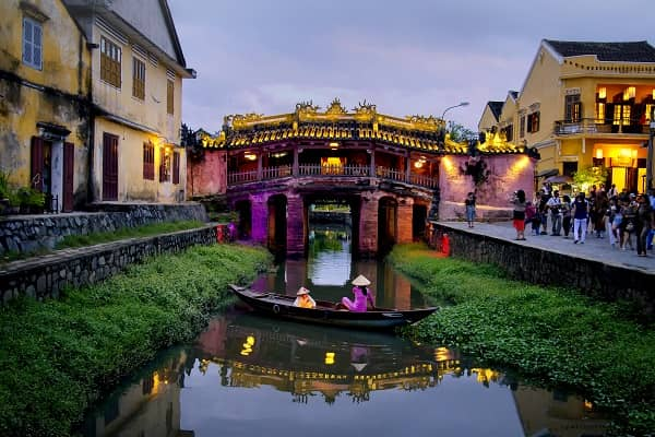 HOI AN - Japanese Bridge  -  Free to visit -  Hoi An's Japanese covered bridge dates back to the 18th century and is a beautiful historical piece of Japanese architecture. It is claimed that it was created by the Japanese then living in Hoi An as a way to reach the Chinese quarter. Today, the bridge stands as a symbol of Hoi An and remains as aesthetically pleasing as it was when it first opened.