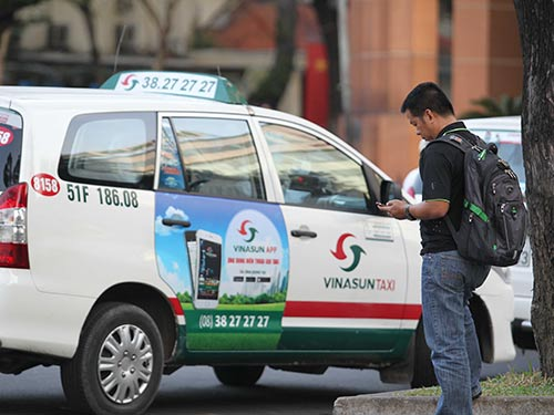 Taxi -  With Da Nang has no shortage of taxis or taxi companies. The taxis use meters, so make sure to only pay the price on the meter.