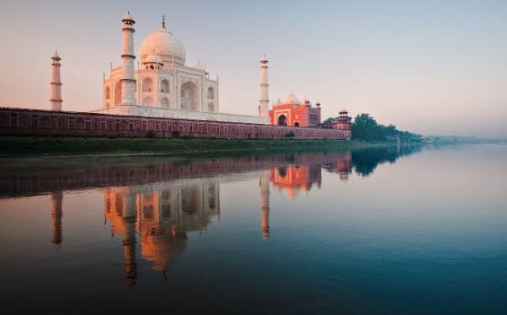 Across The River -  This is FREE - Across the river, directly in front of the Taj is a park where you can view the Taj with the river in the foreground. This is great for both sunrise and sunset. Here you will also the the foundation and gardens for where Shah Jahan was going to build himself a black Taj made out of stone from Belgium. Sadly it was never completed but its a cool sight nonetheless. (Photo Credit: OneStep4ward)