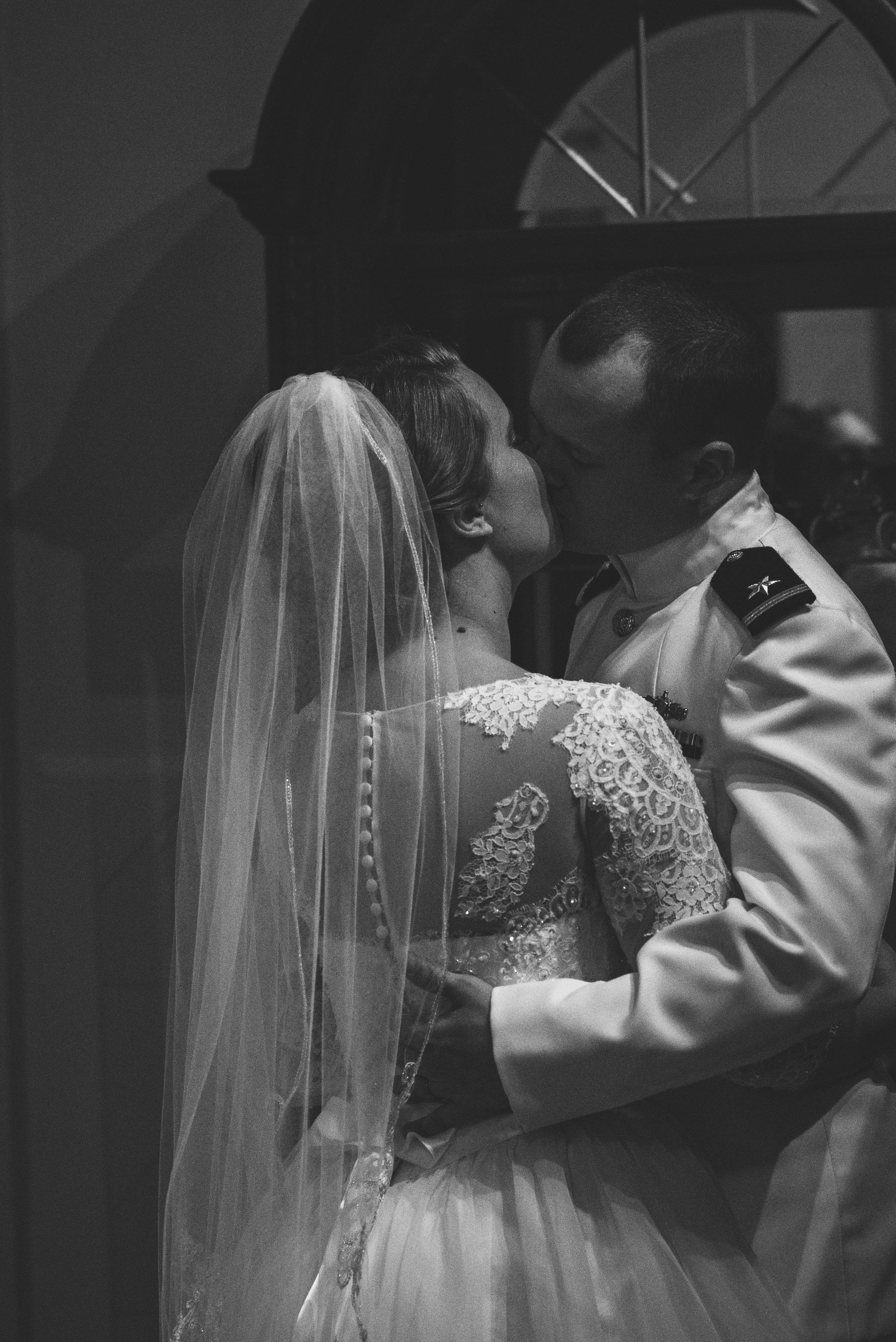 toledo ohio nazareth hall wedding photography-20.jpg