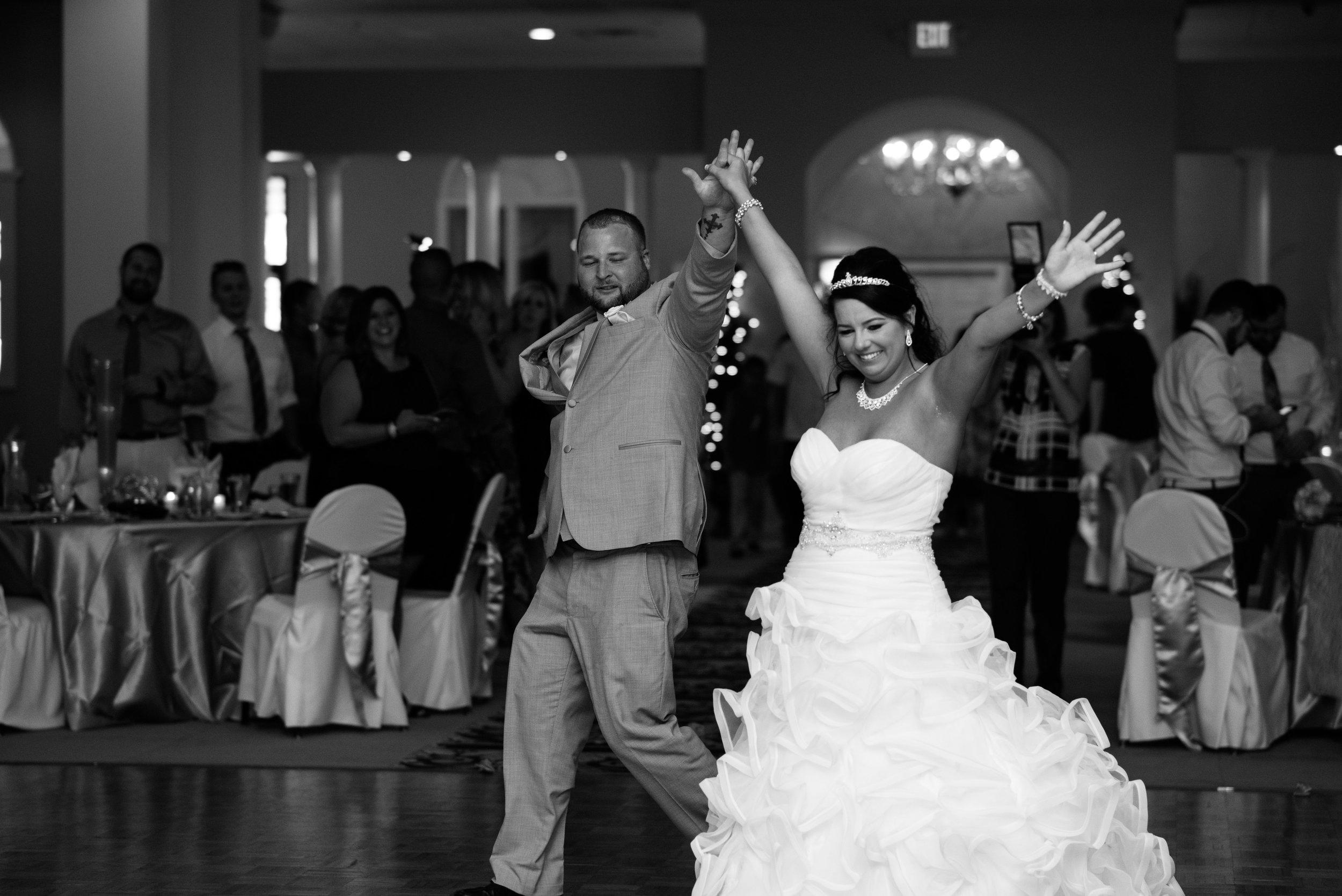 toledo ohio wedding photographer-21.jpg