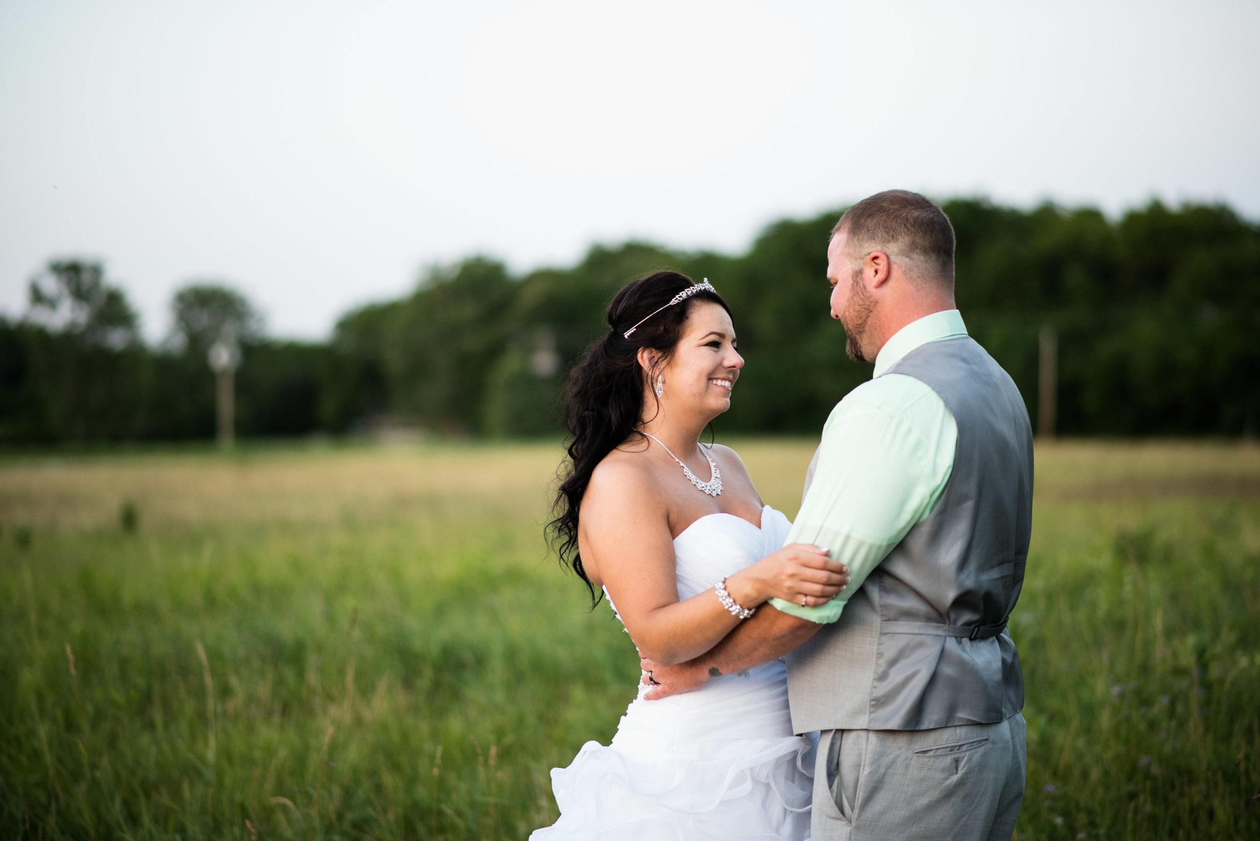 toledo ohio wedding photographer-31.jpg