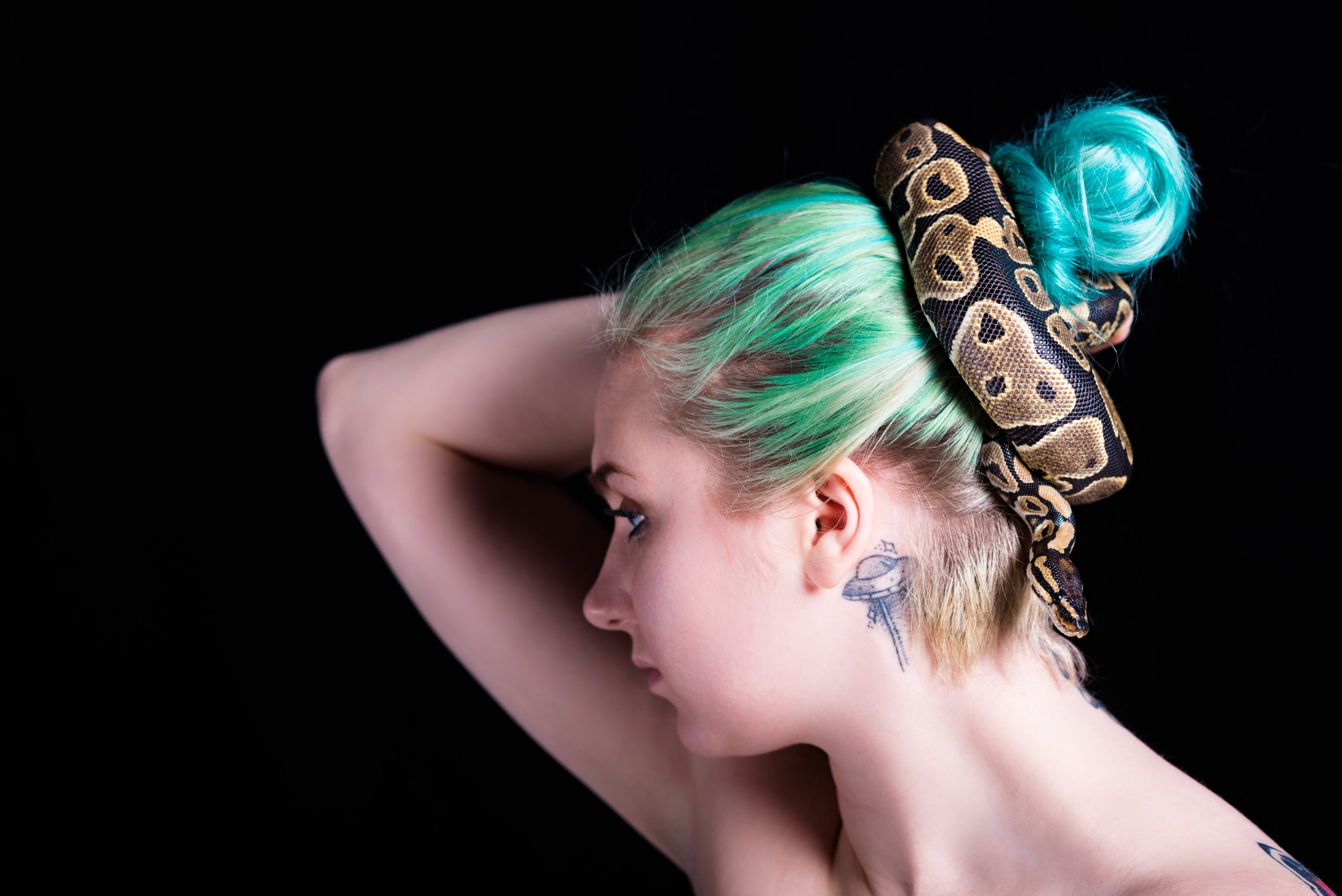 toledo ohio model studio photography-30.jpg