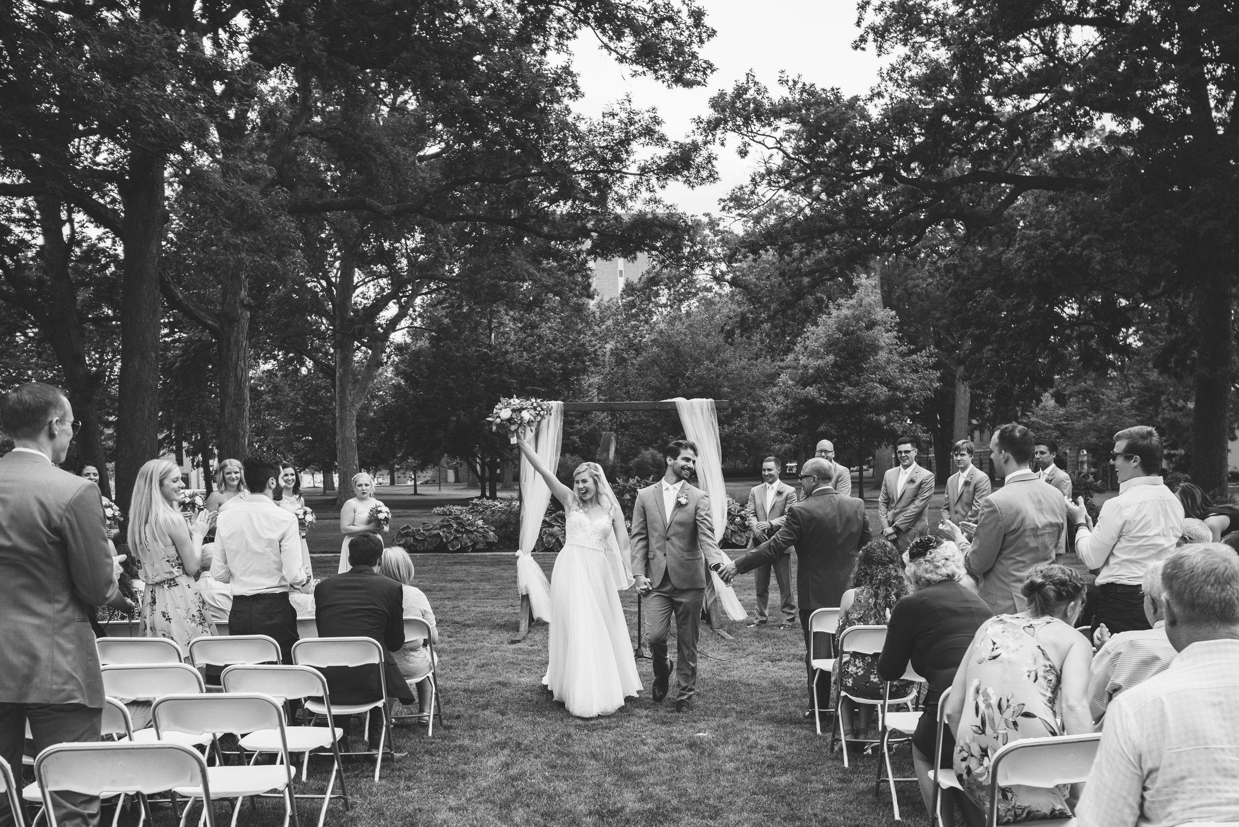 bowling green ohio wedding photography-32.jpg