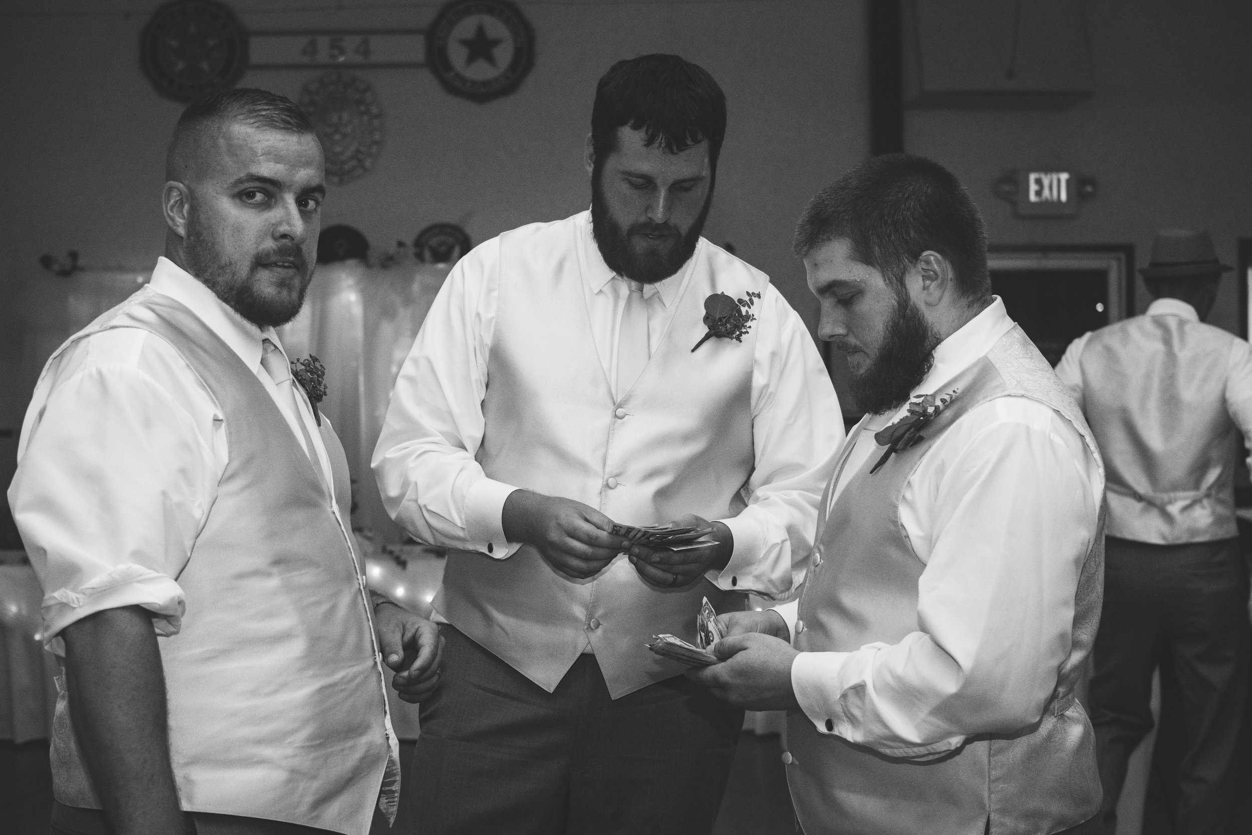 NORTHWEST OHIO WEDDING-34.jpg