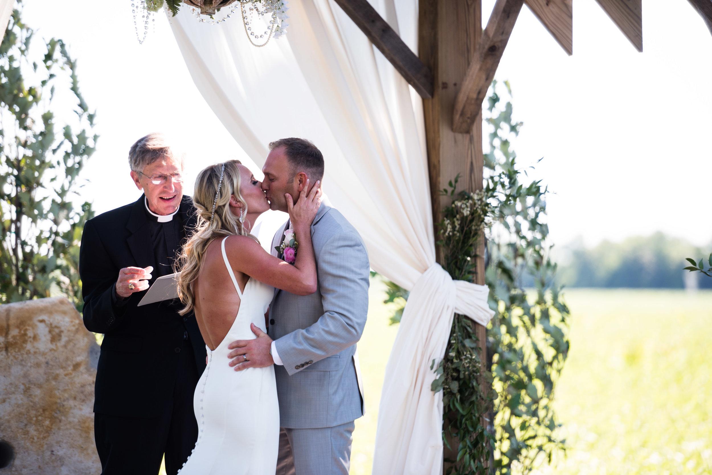 sandusky ohio wedding photography-28.jpg