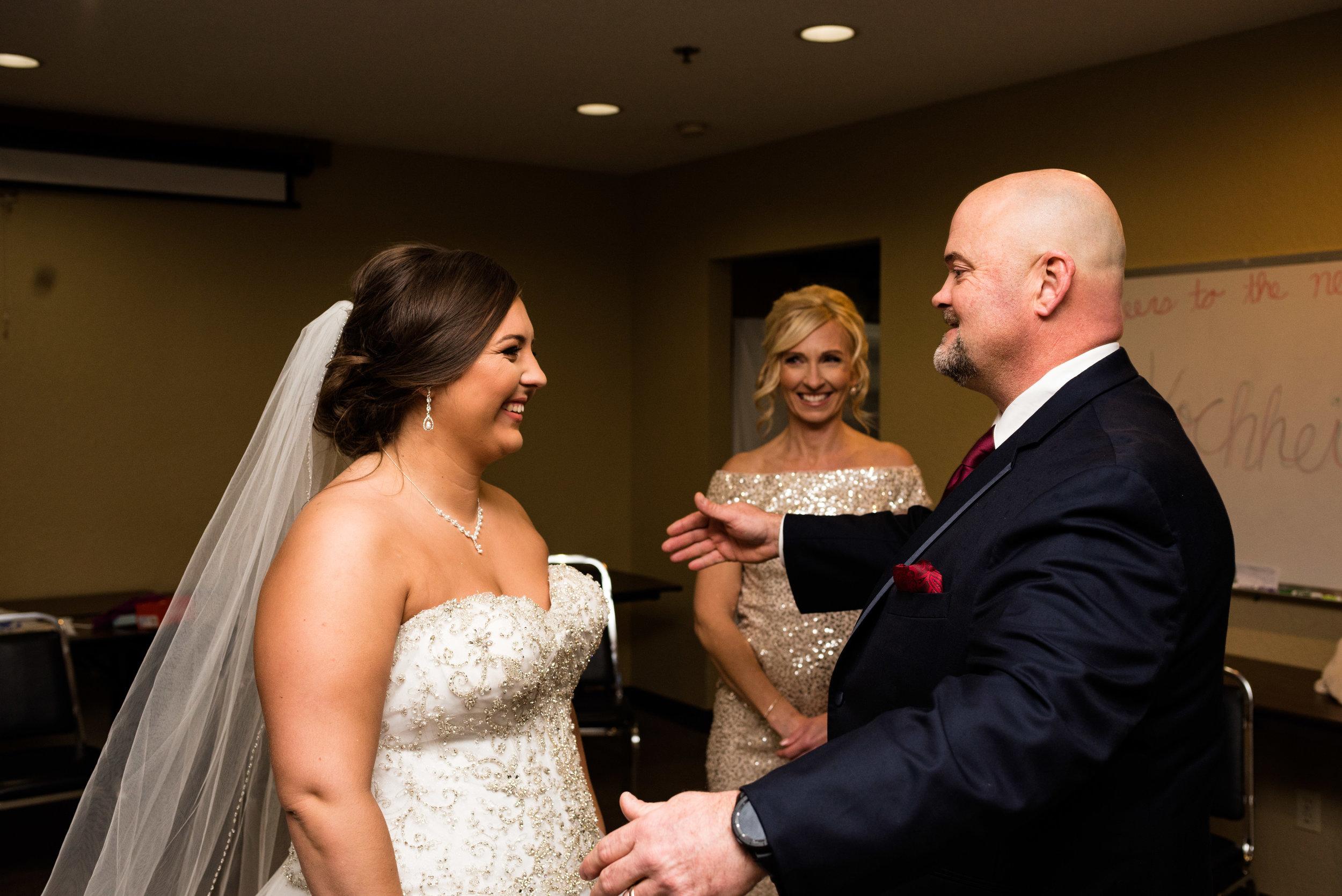 upper sandusky ohio wedding photography-24.jpg
