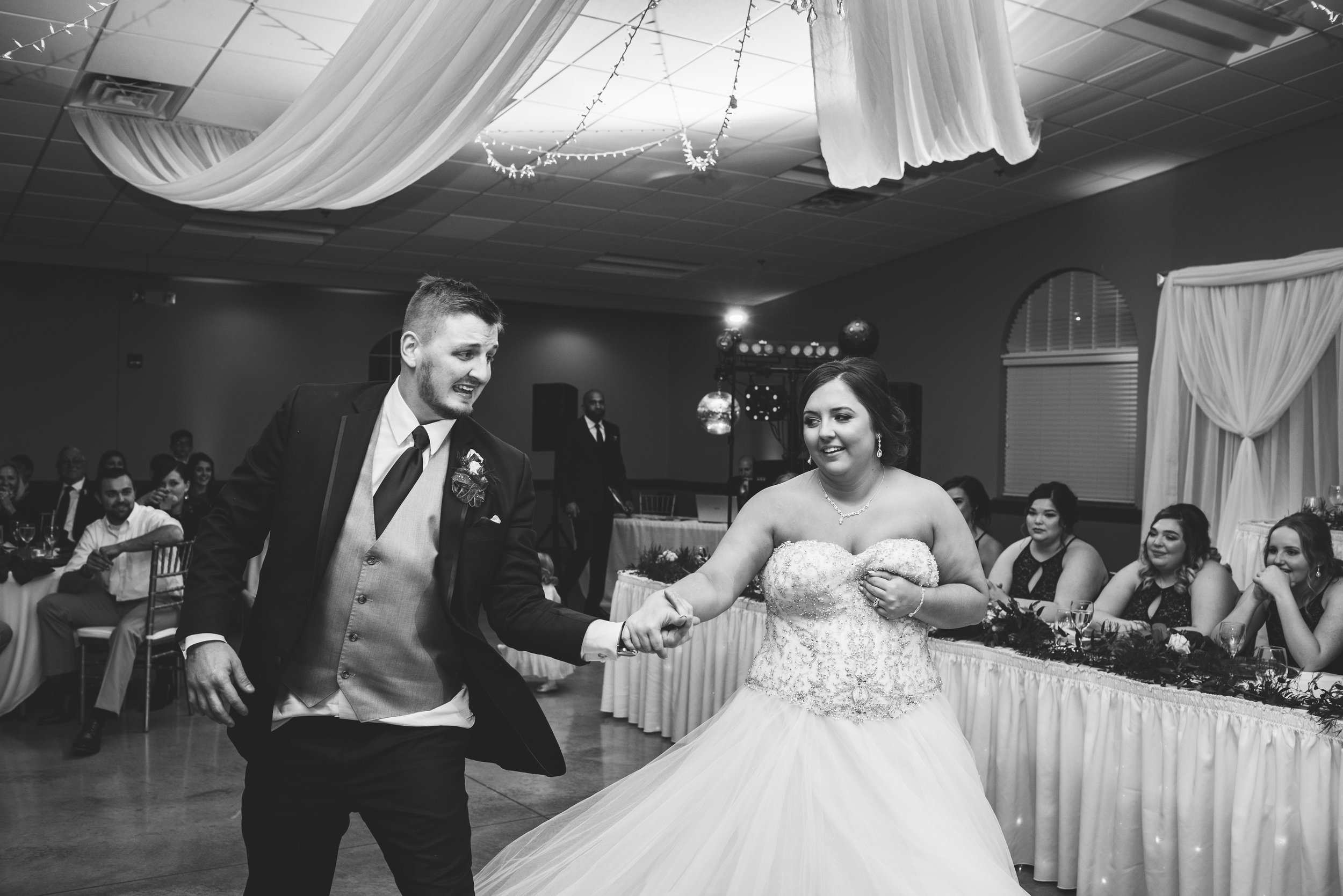 upper sandusky ohio wedding photography-70.jpg