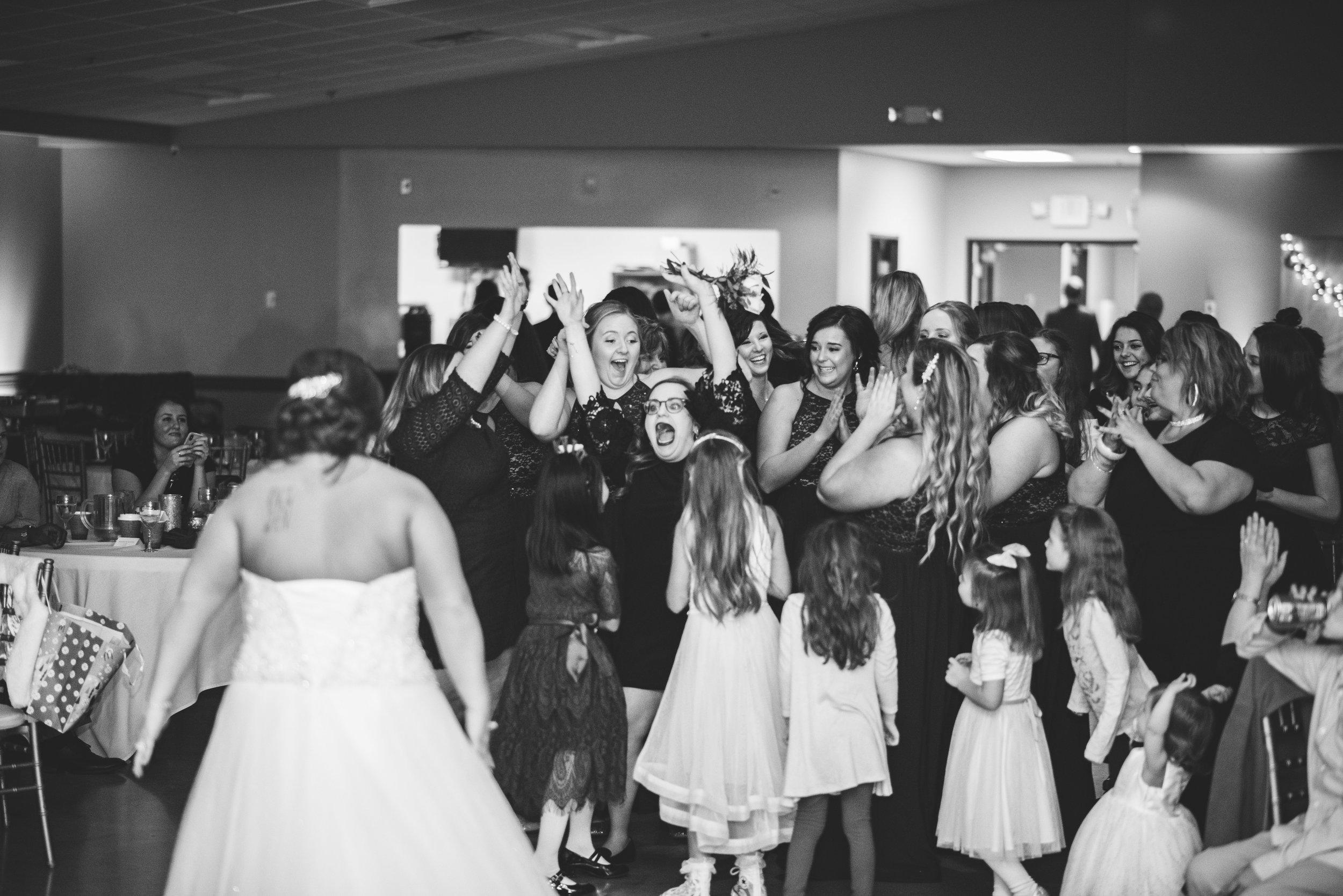upper sandusky ohio wedding photography-74.jpg