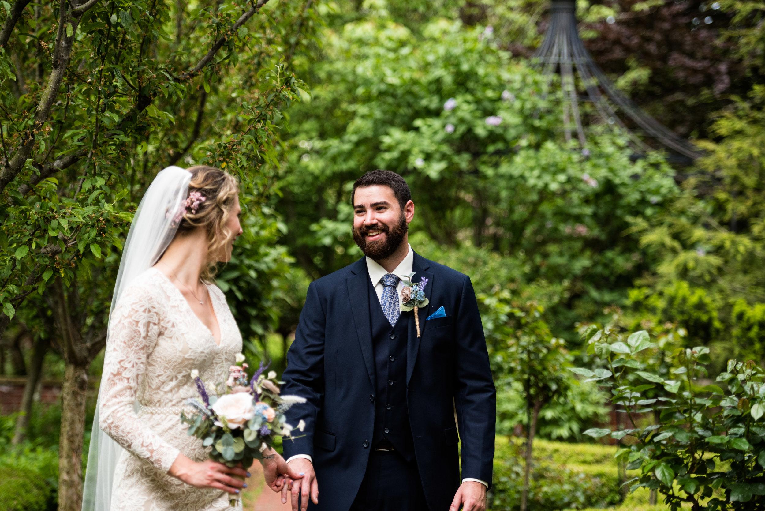 sylvania wedding photographer