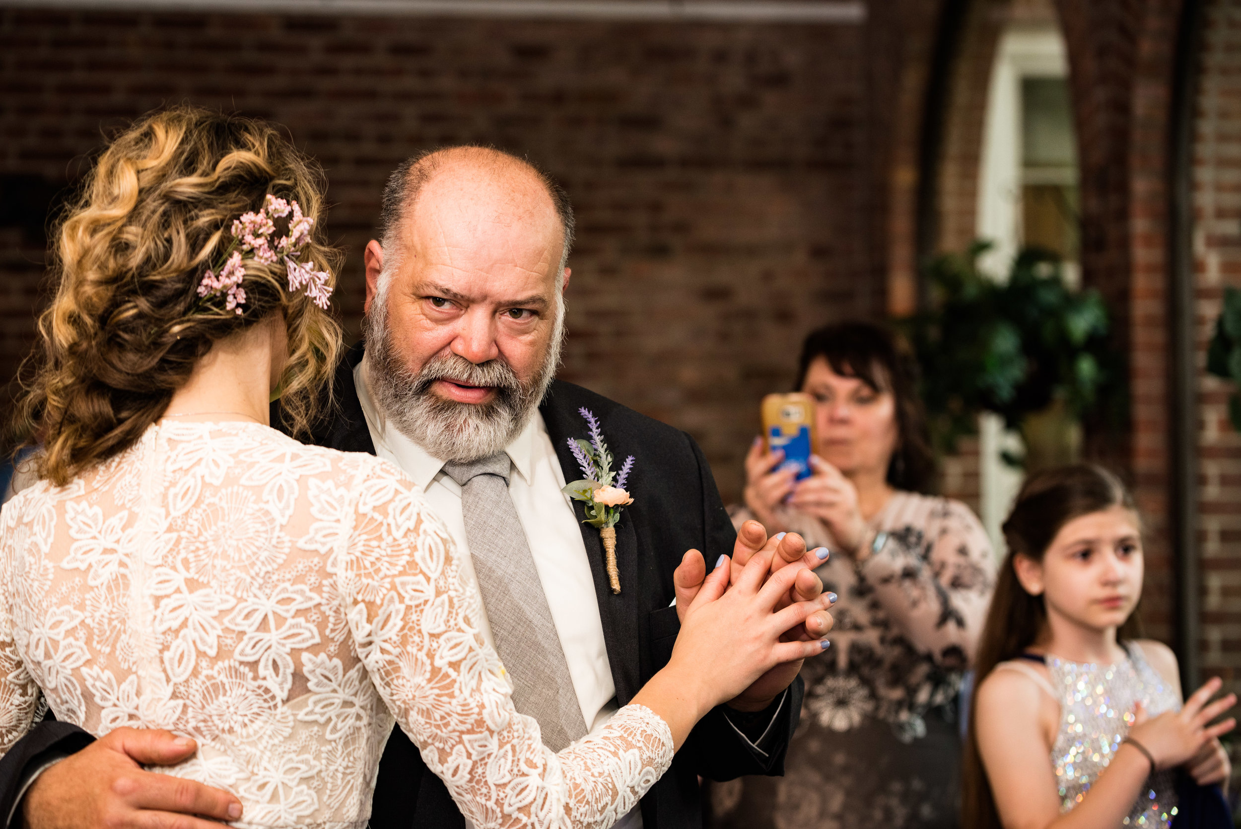 sylvania ohio wedding photographer
