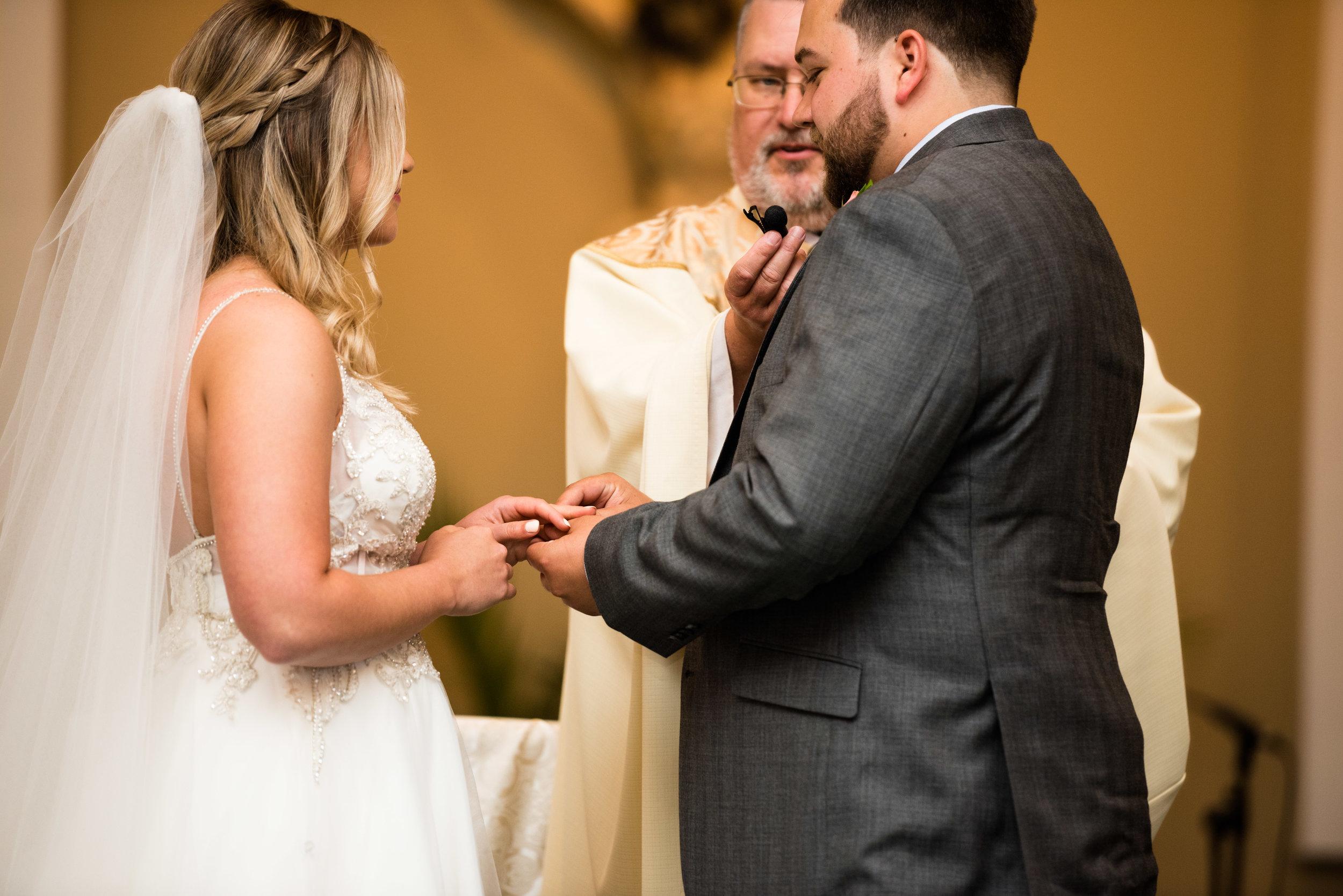 ohio wedding ceremony photos