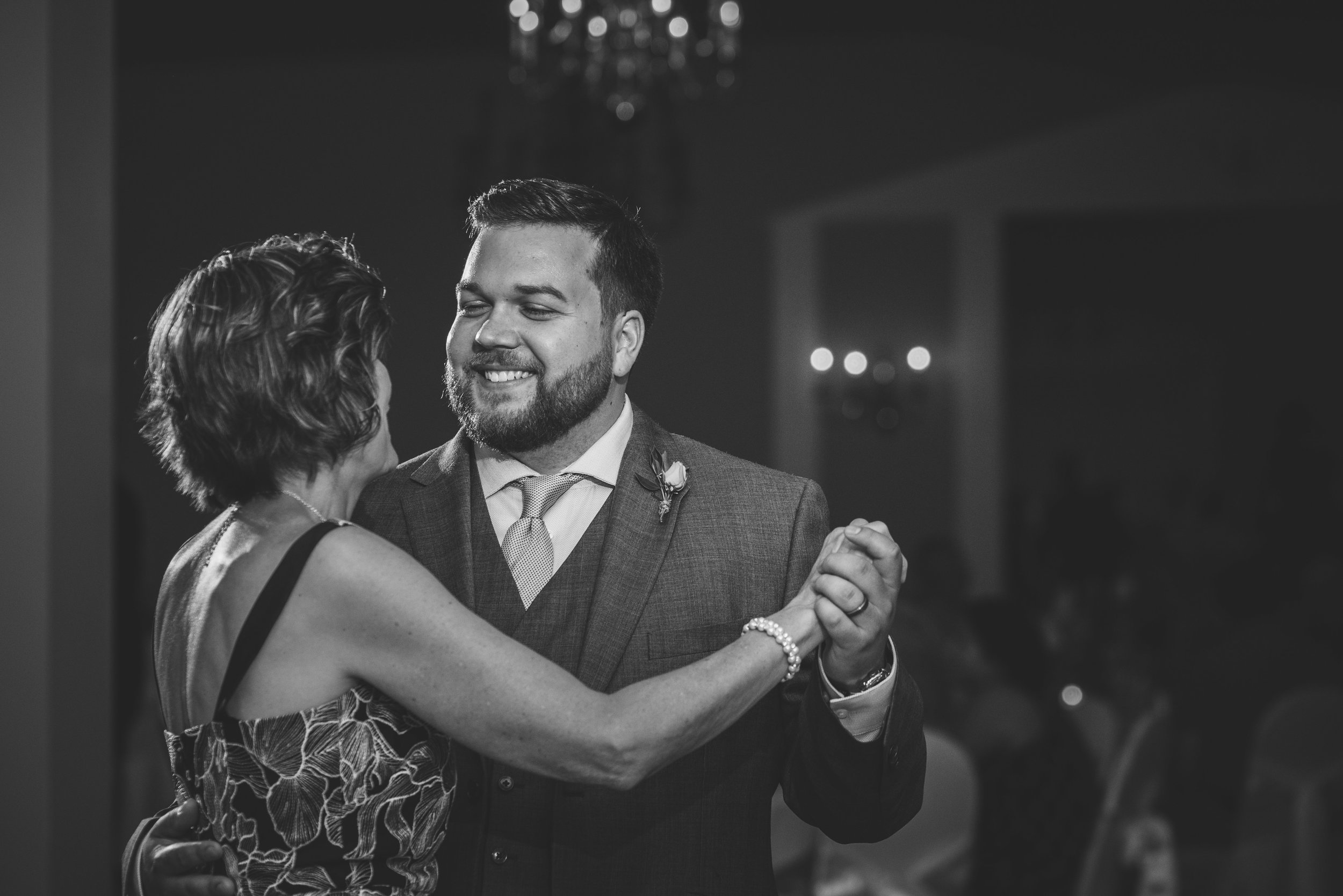 wedding reception photography in toledo