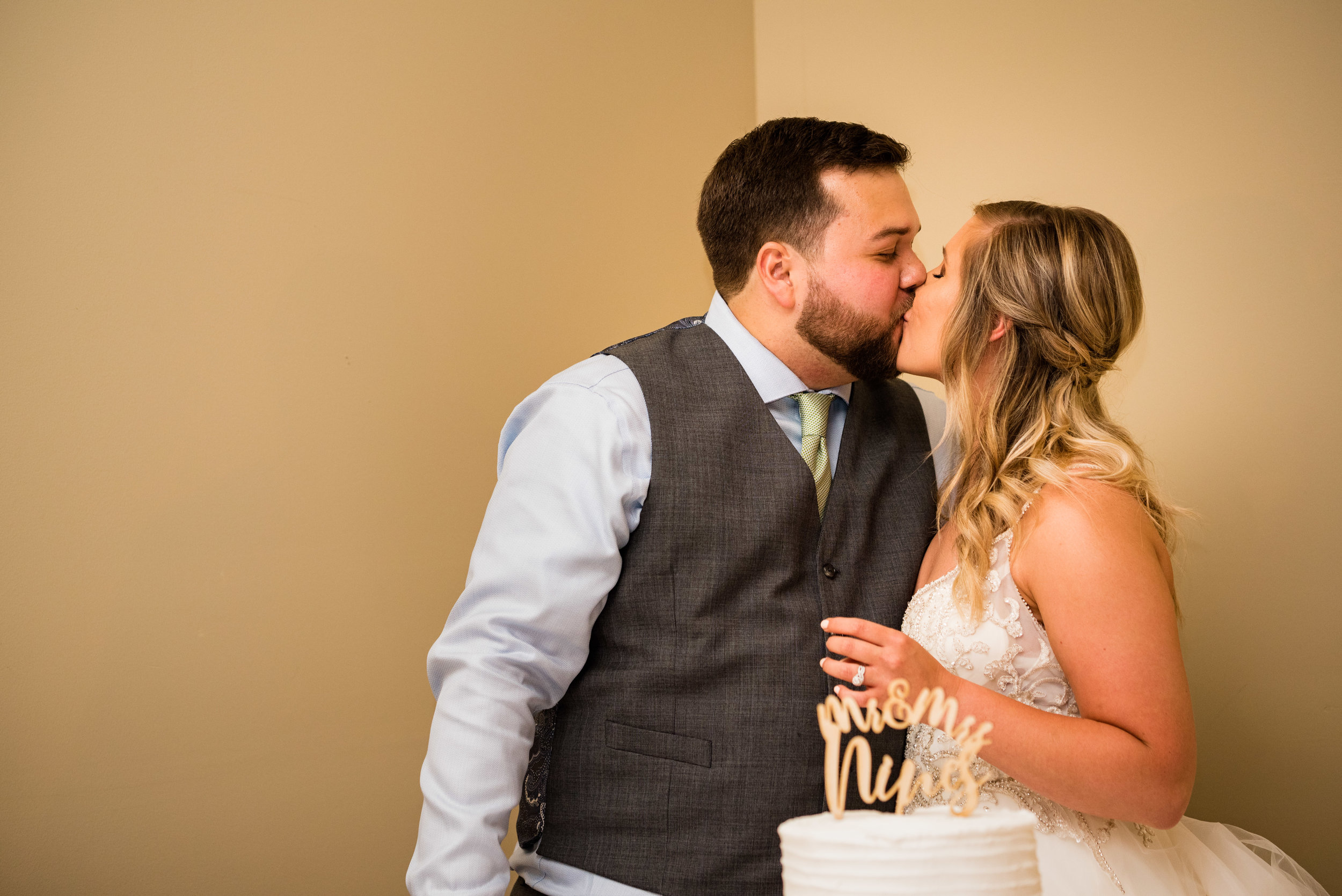 toledo wedding photographer