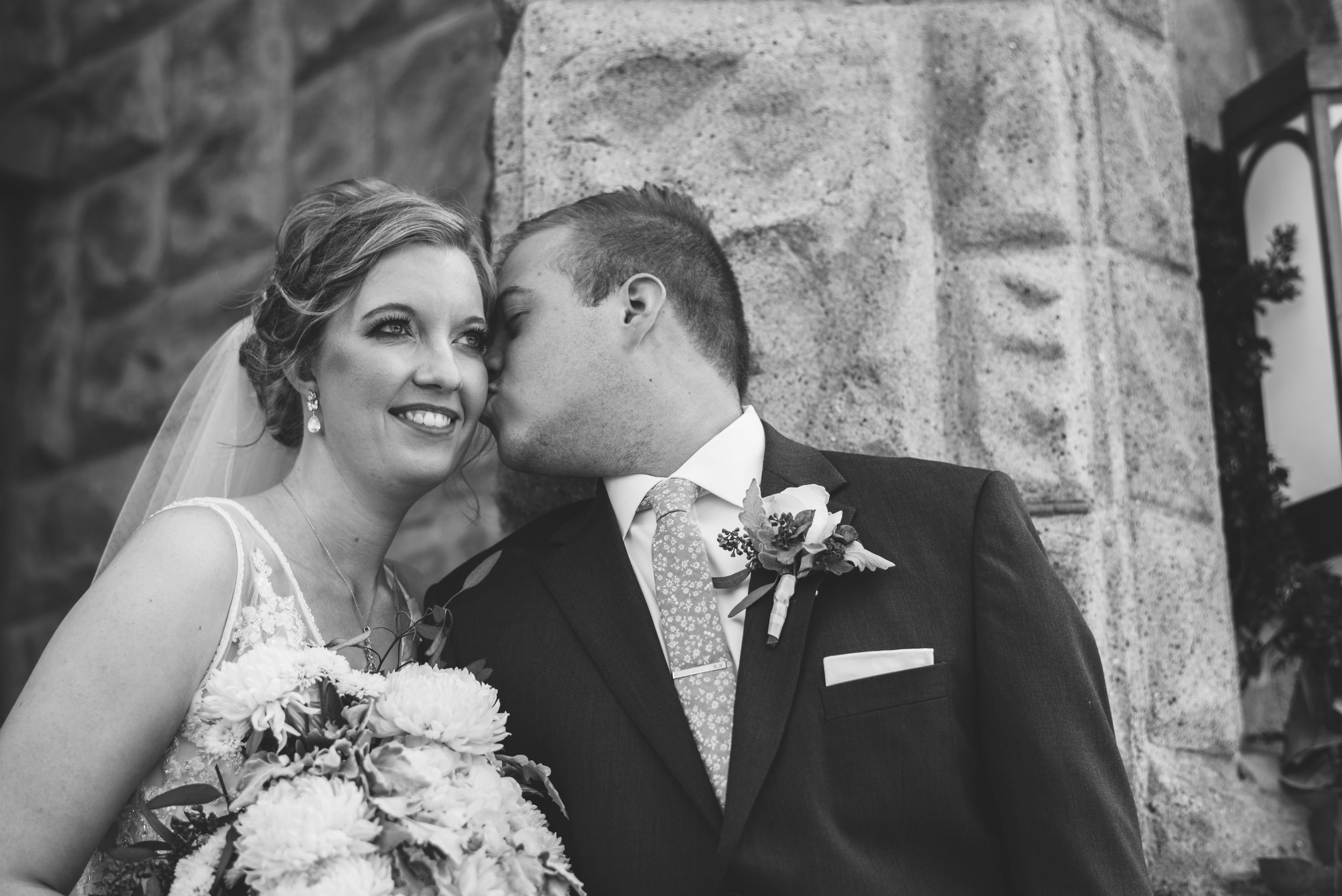 photographer for weddings in findlay