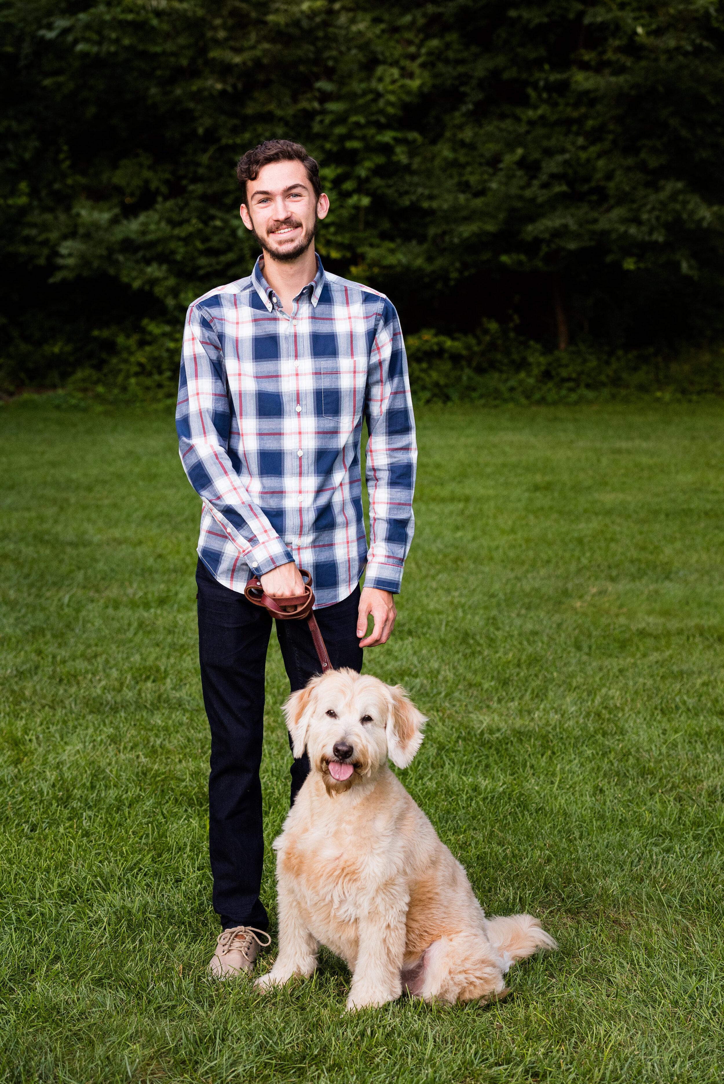 wildwood senior photos with dog