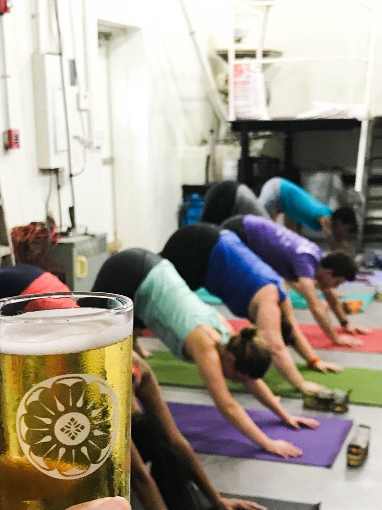 beer yoga4.jpg