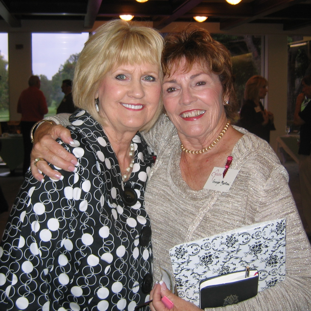 Shirley Barber (Fresno Chapter President) and Ginger Bertoni