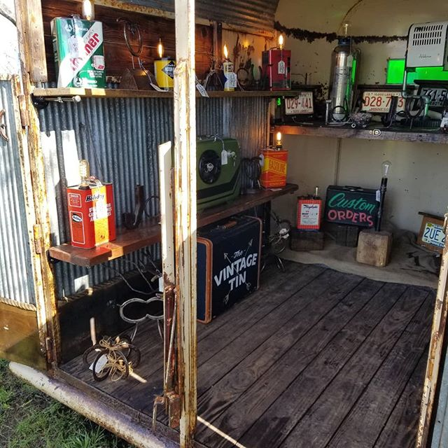 Two opportunities to grab our goodies today.  This Old Horse 8am-2pm & Barn on the Hill 8am-5pm #thevintagetin #shoplocal #mnmaker #mnmade #lovemyjob #coolstuff #custom #hotrod #ratrod #classic #retro #reclaimed #repurposed #thisoldhorse #barnonthehill