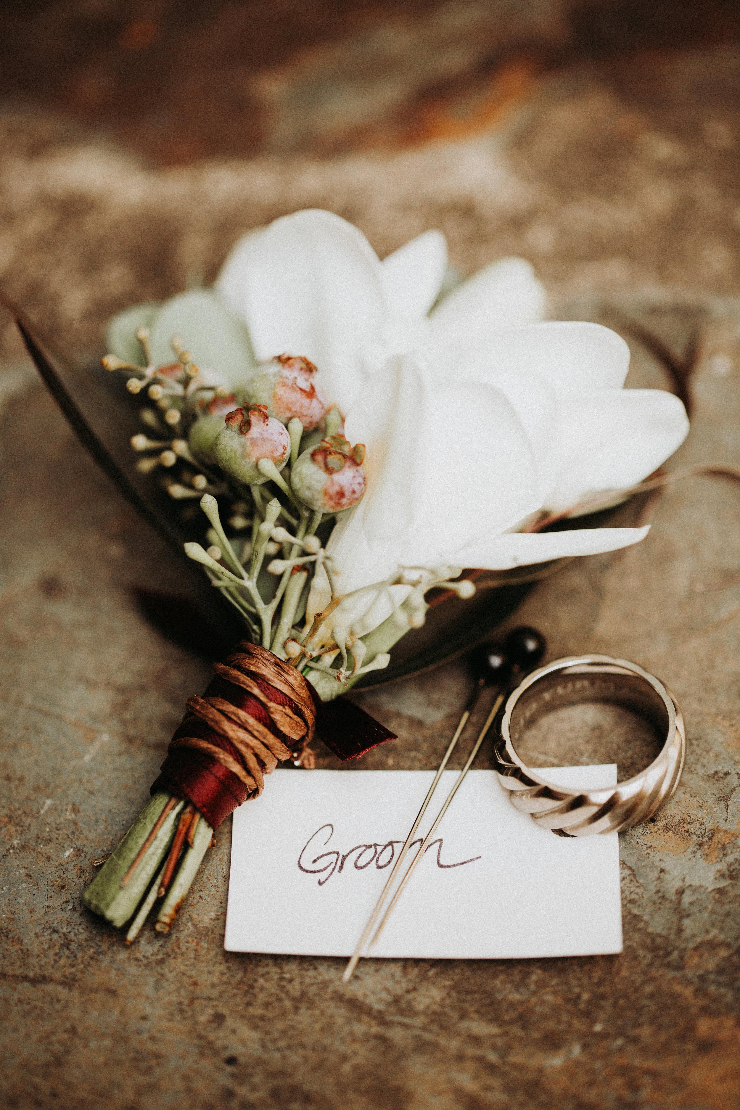 PORTLAND INTIMATE BACKYARD WEDDING_JENNY CHOKBENGBOUN PHOTO-11.JPG
