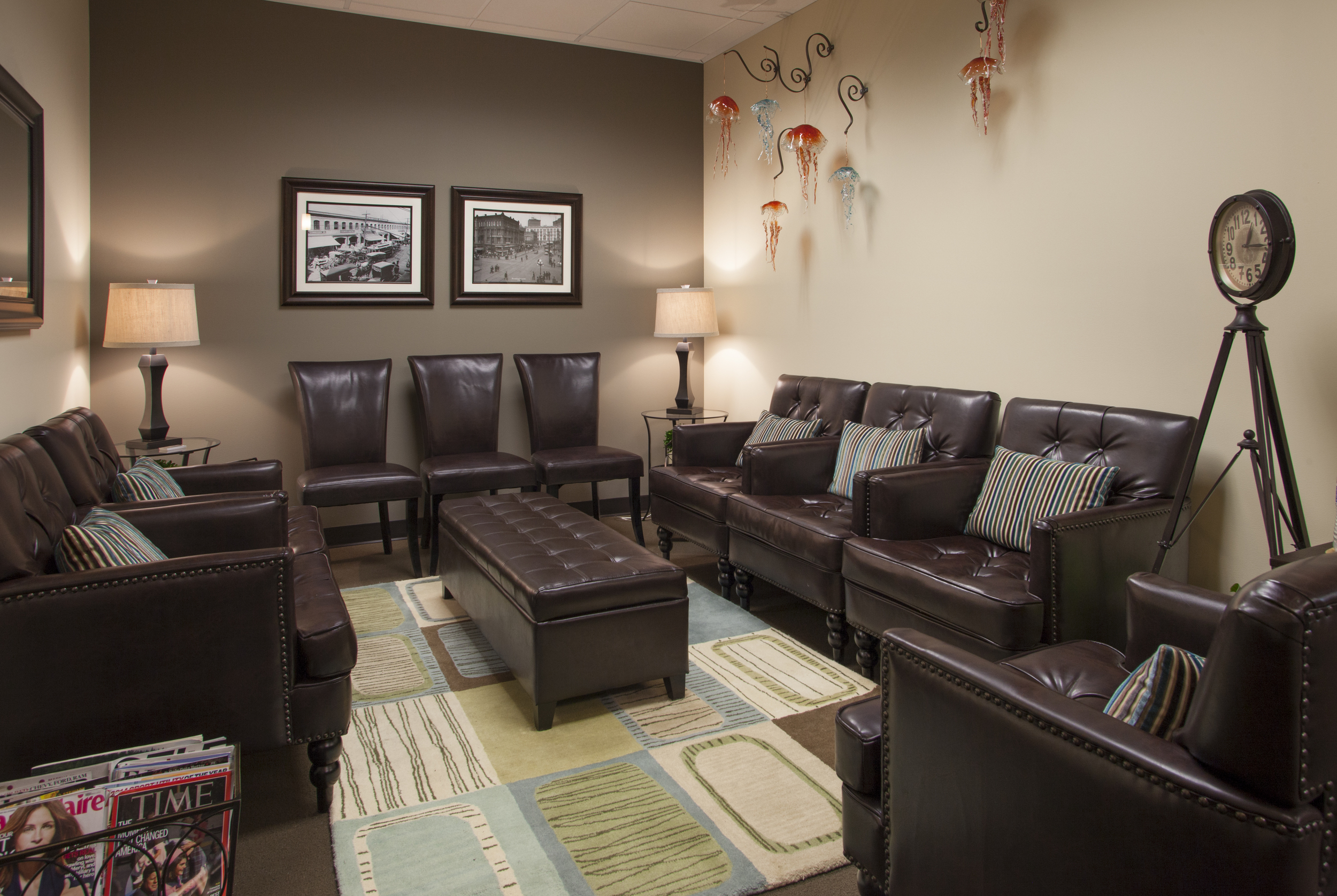 Our unique reception room - one of two areas to wait while we take excellent care of our patients and their caregivers (Dr. Scott Stewart General Family Dentist, Silverdale Dentist)
