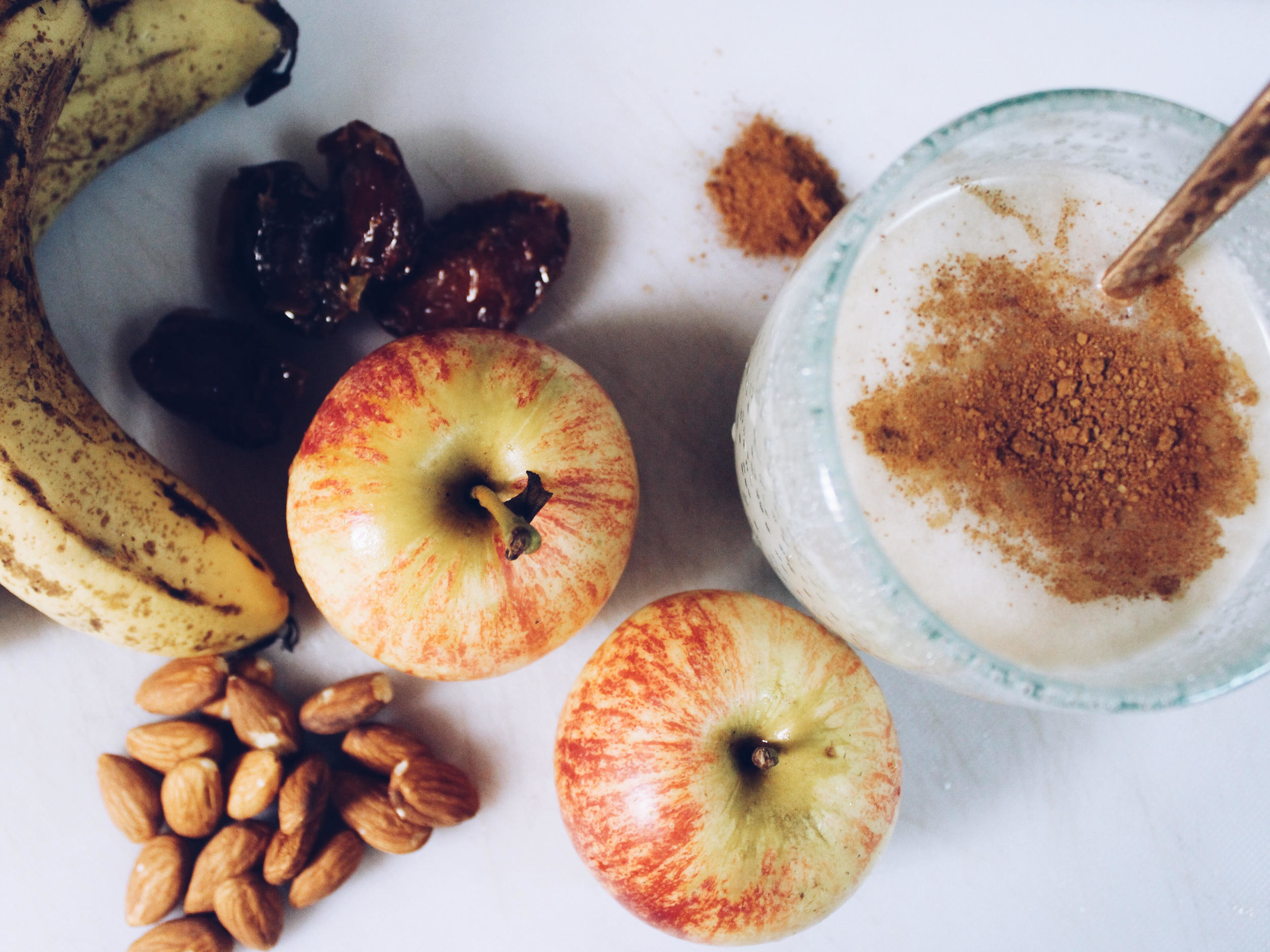 Apple Cinnamon Twist Smoothie.