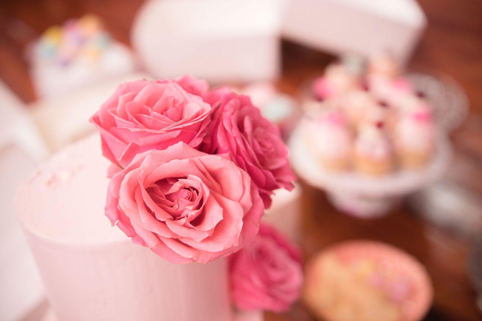 cakes-roses.jpg