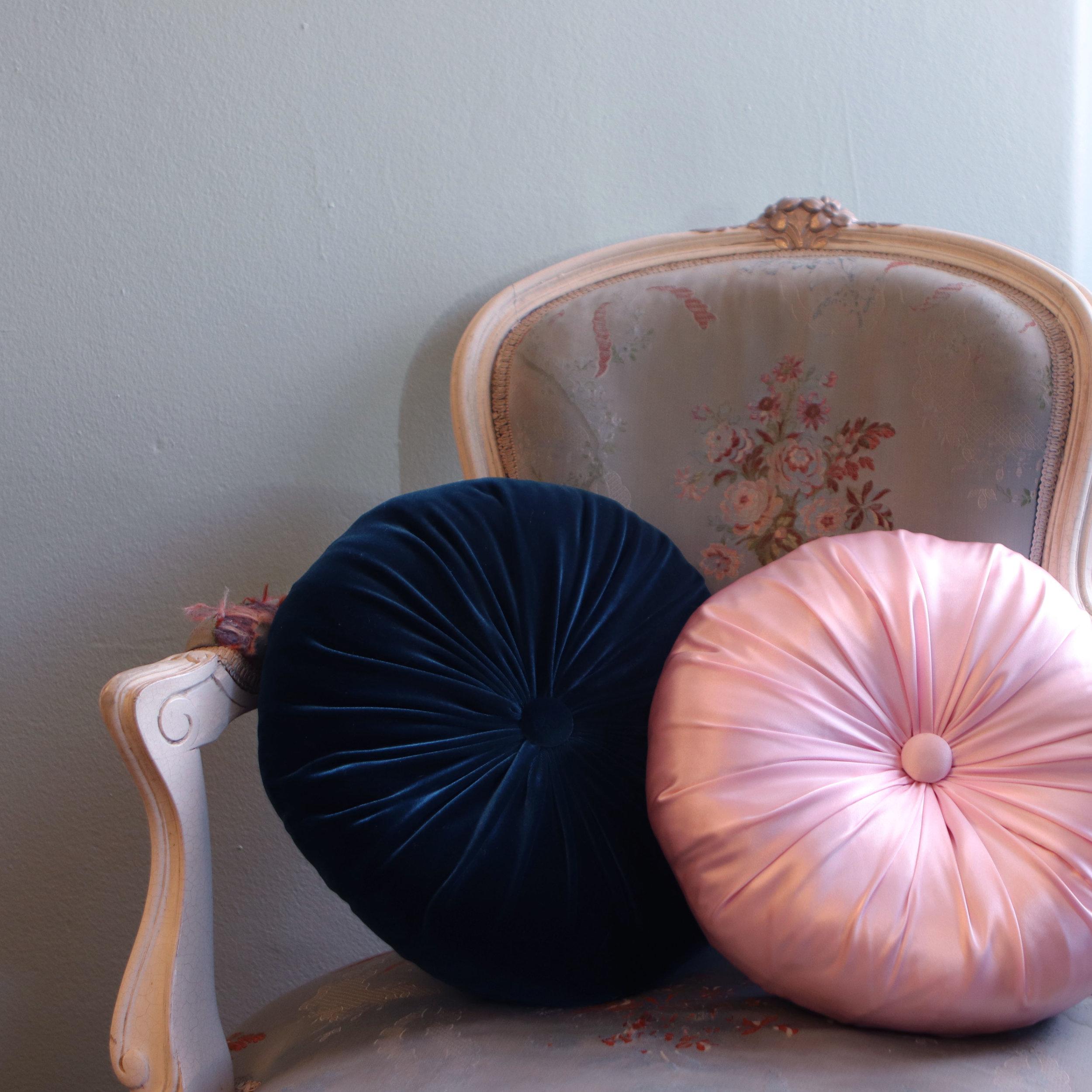 Pillows-Chair.jpg