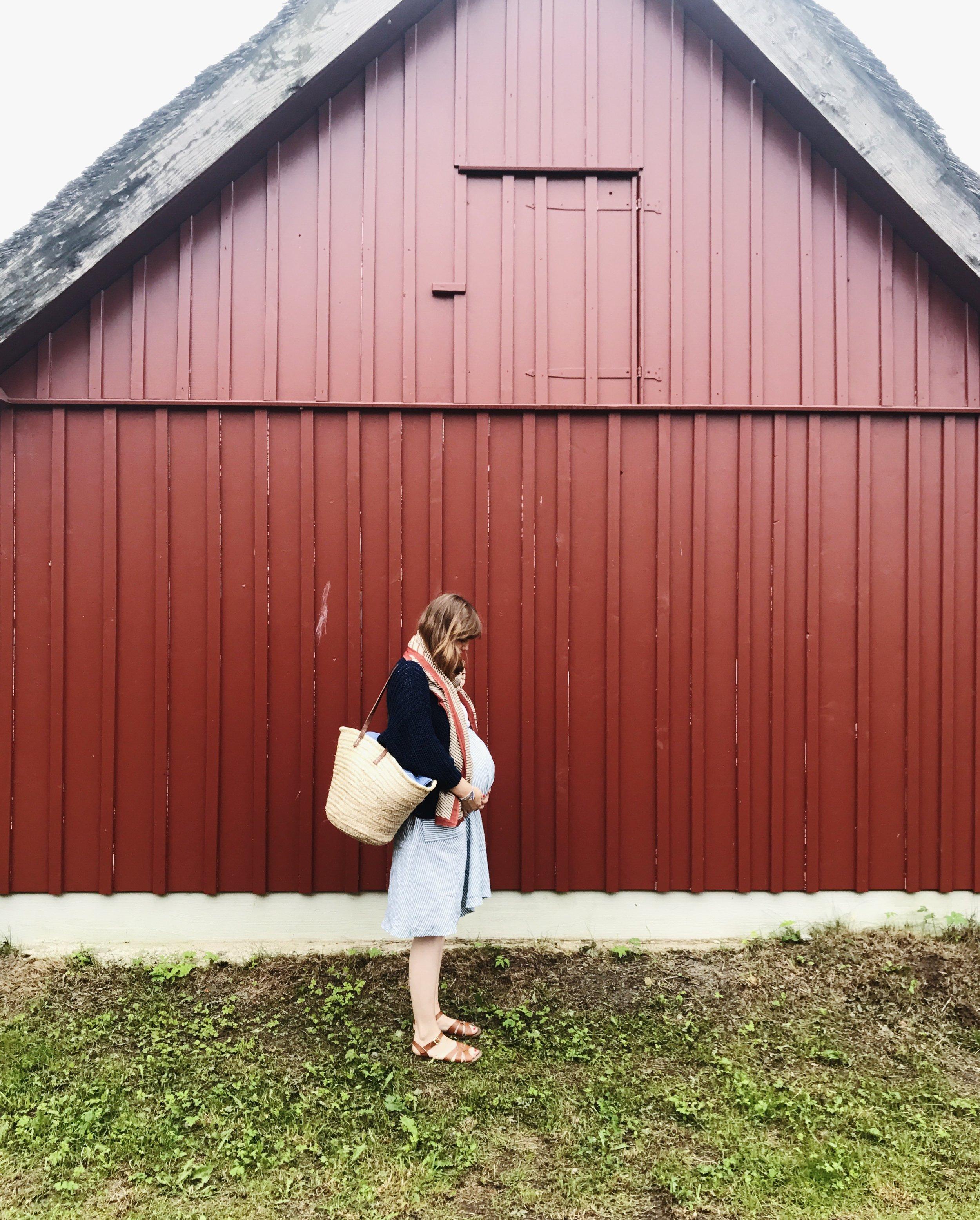Sarah im 9. Monat an der Ostsee