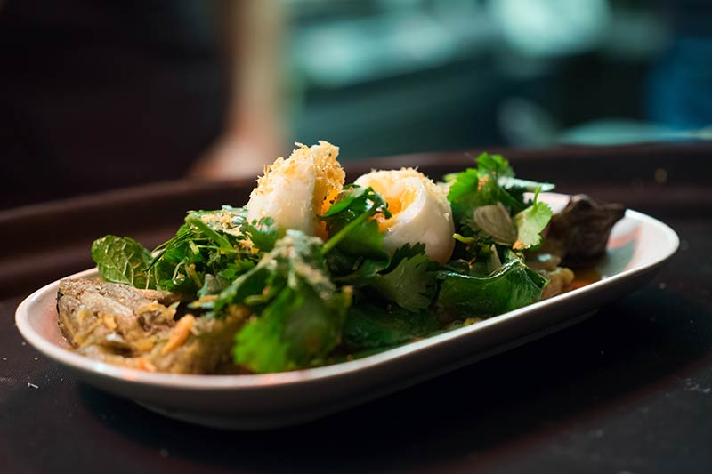 som-saa-climpsons-arch-east-london-hackney-ben-broomfield-thai-restaurant-aubergine-salad.jpg